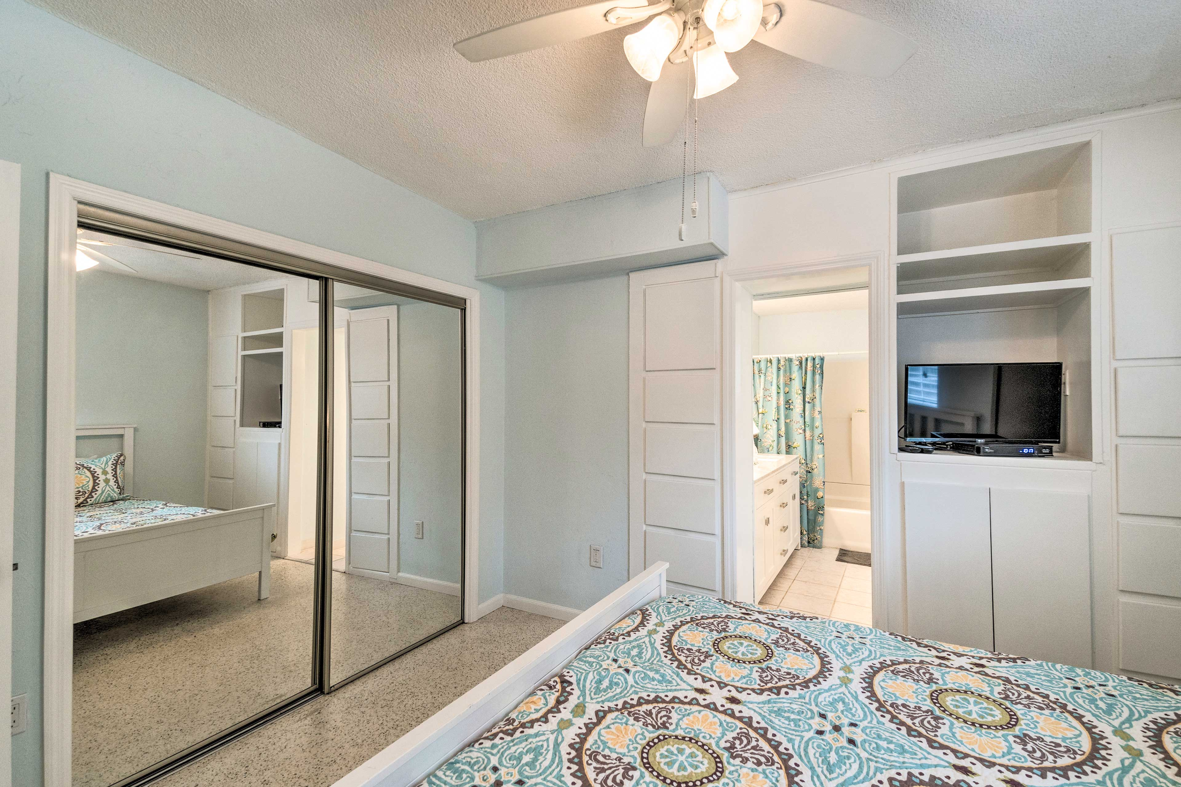 There's plenty of closet space, so you can make yourself at home.