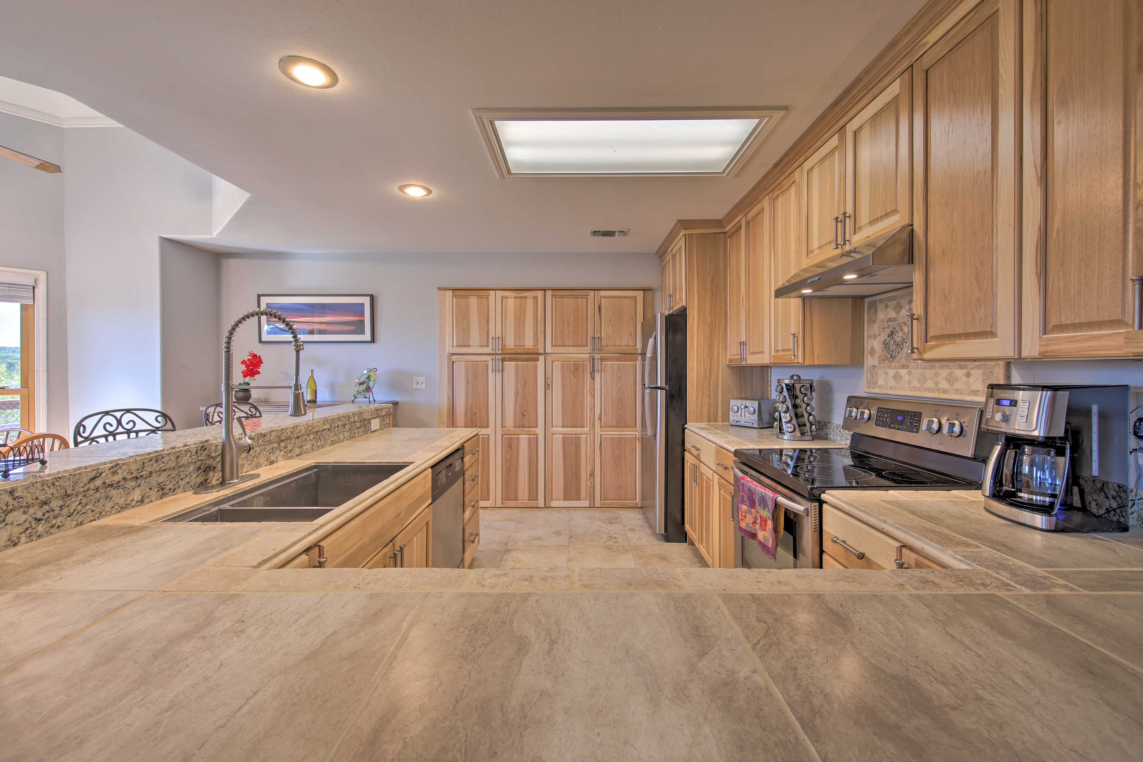 You'll have plenty of space to spread out your food on the countertops.