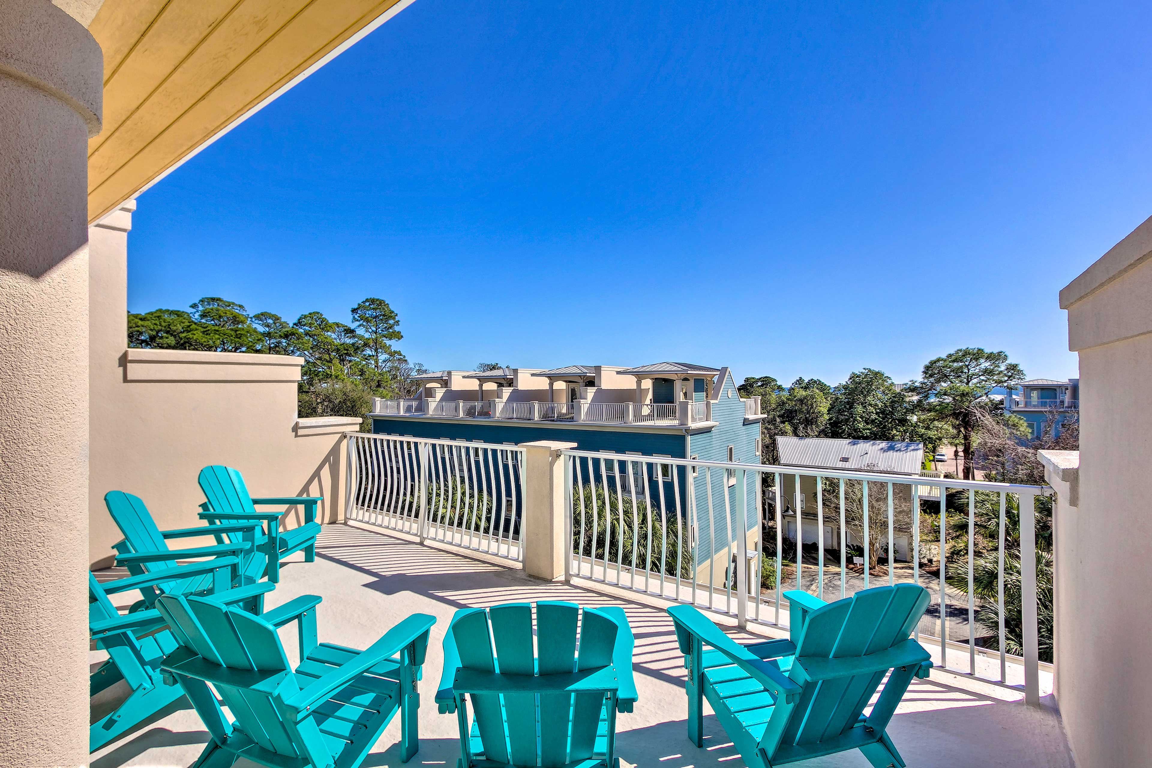 Enjoy a private balcony, BBQ deck, complimentary golf cart & more!