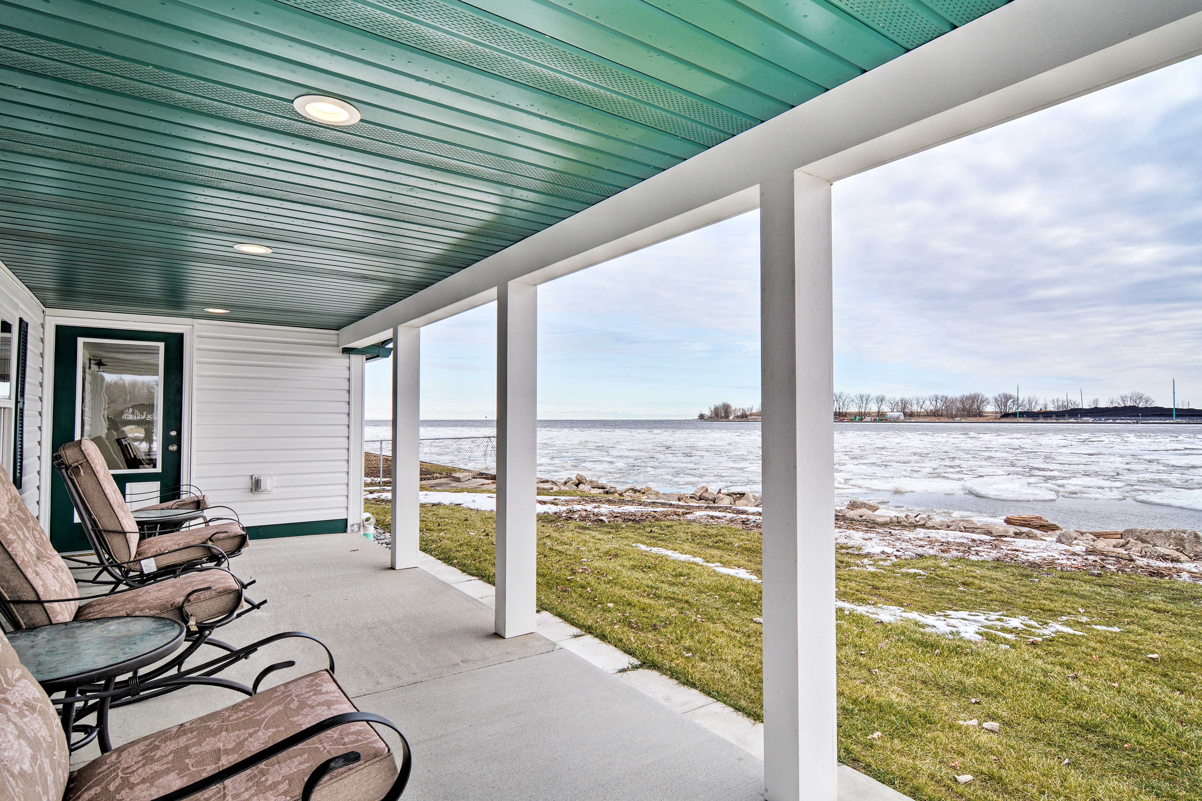 Take in those previous views of the water from your very own porch.