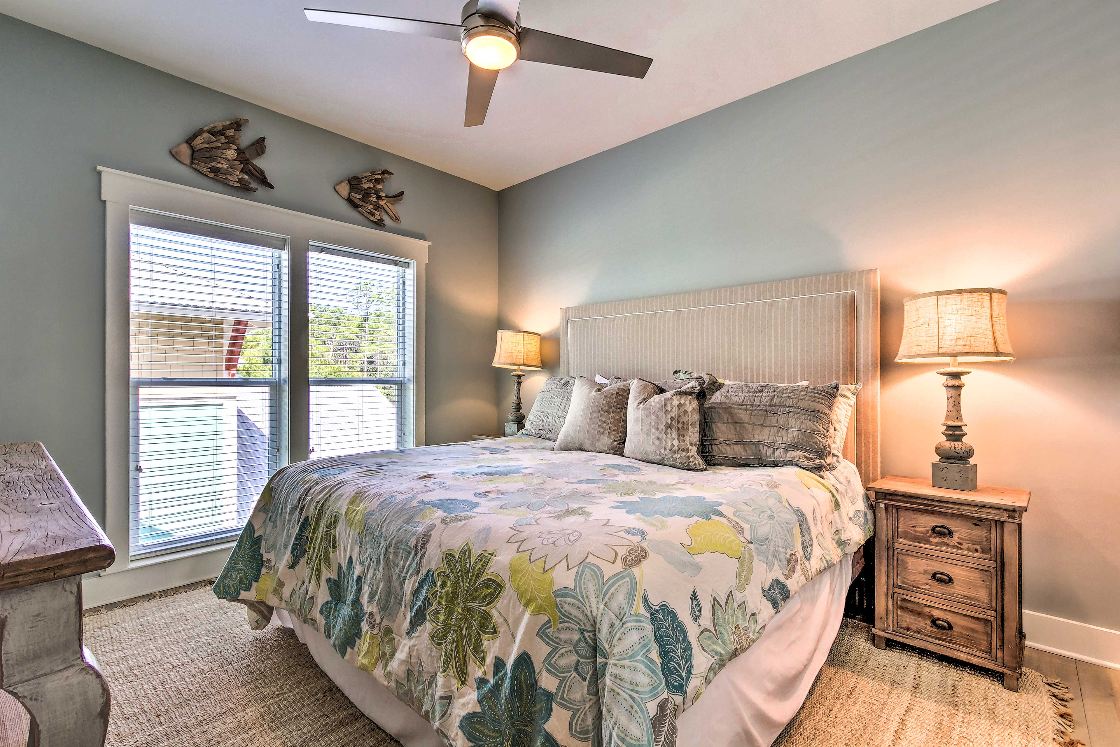 The second master bedroom offers ceiling fans & A/C to keep you cool.