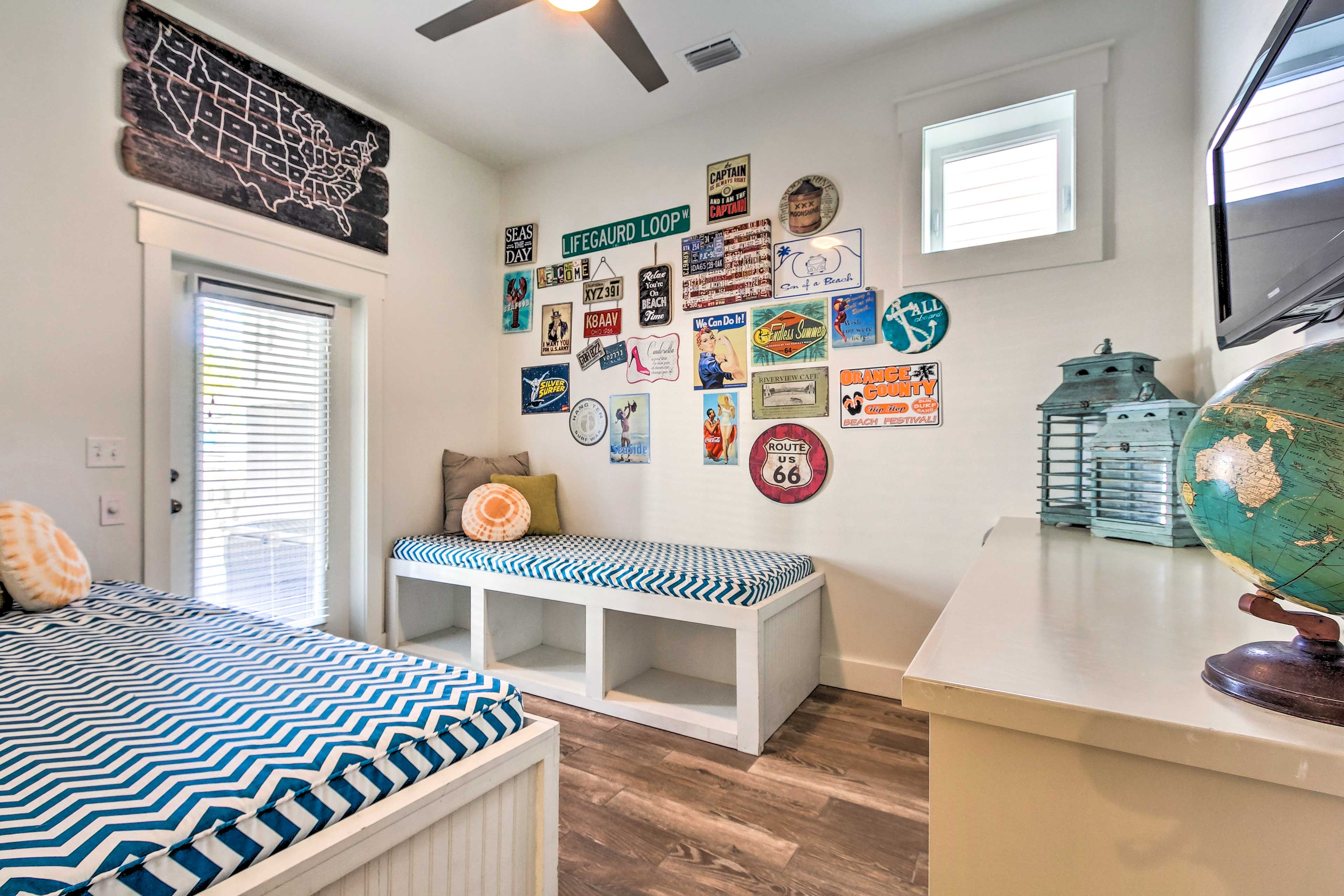 This bonus room provides 2 twin beds for any small kids in your crew!