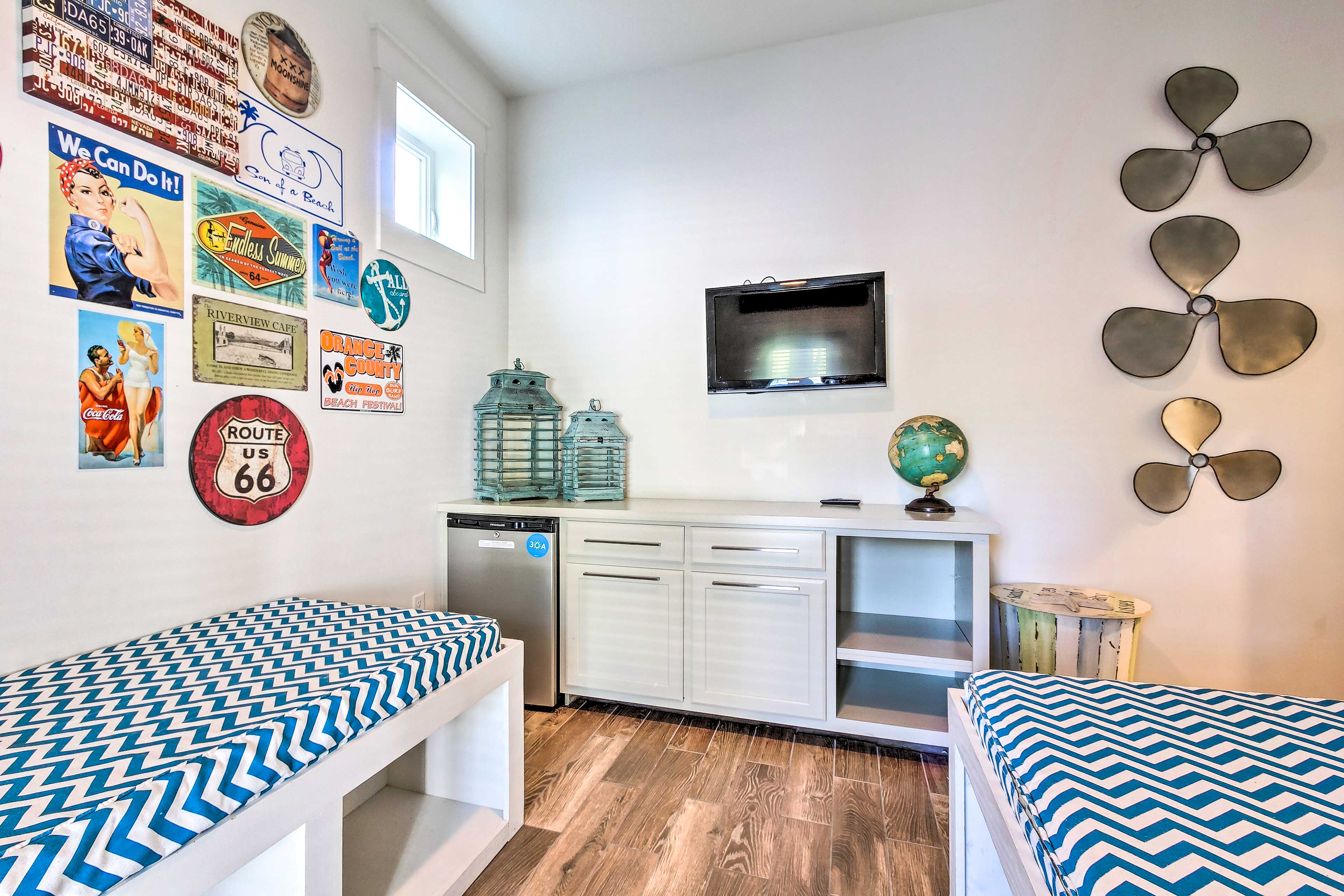 With a mini-fridge & TV, this room can double as a day-time hangout.