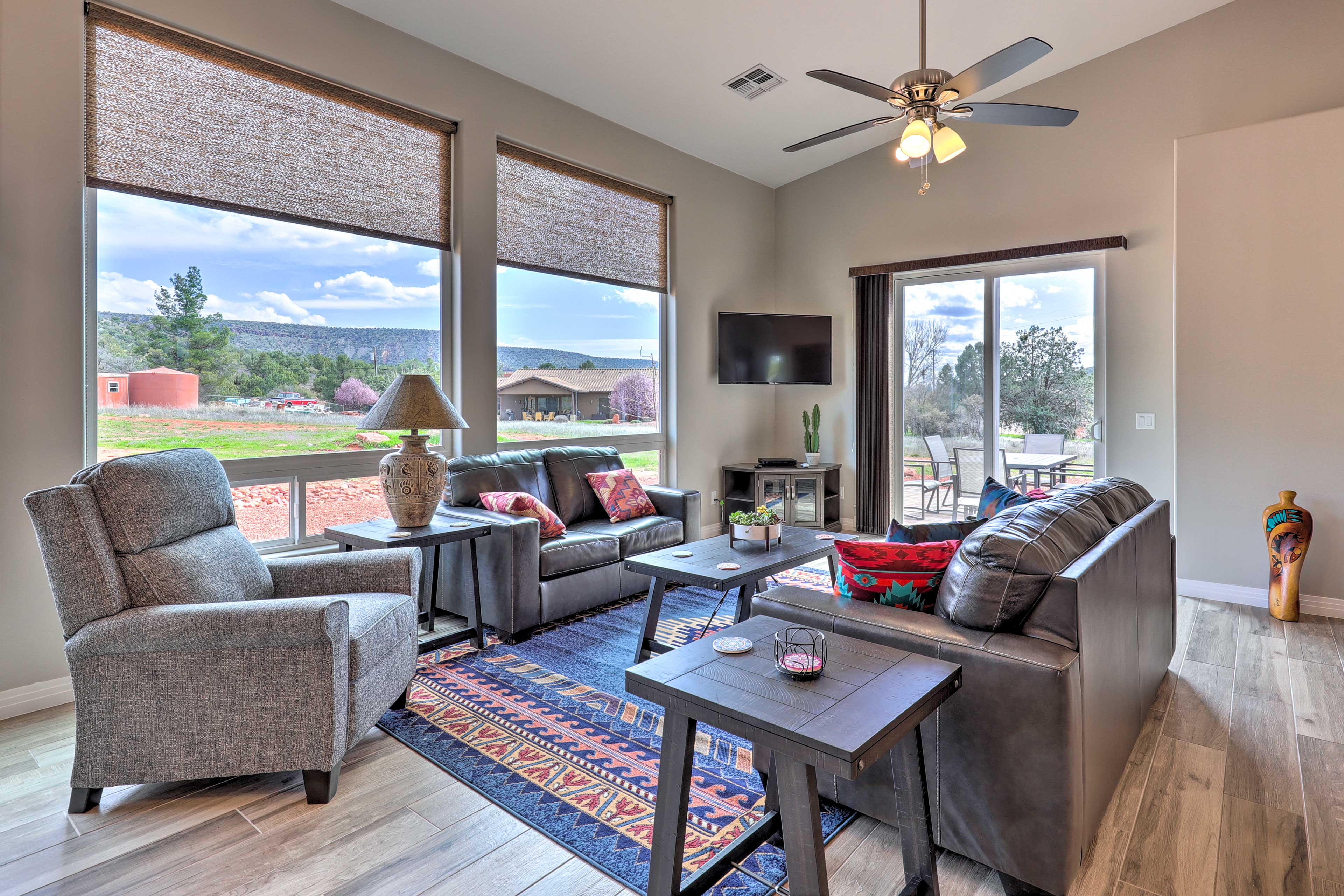 Find all the comforts of home while on vacation in Arizona!