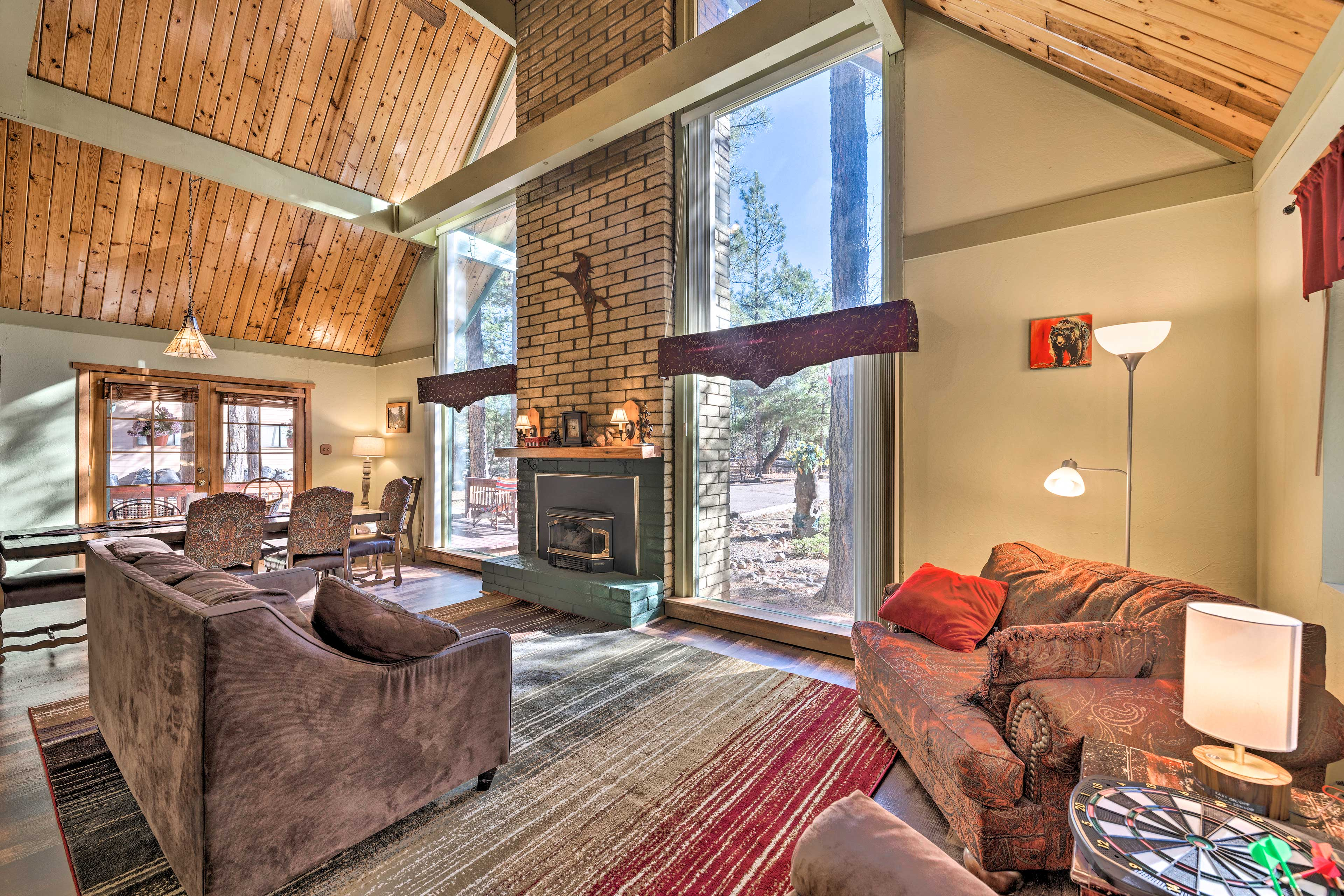 This cozy-yet-rustic vacation rental beckons your family for a fun-filled vacay!
