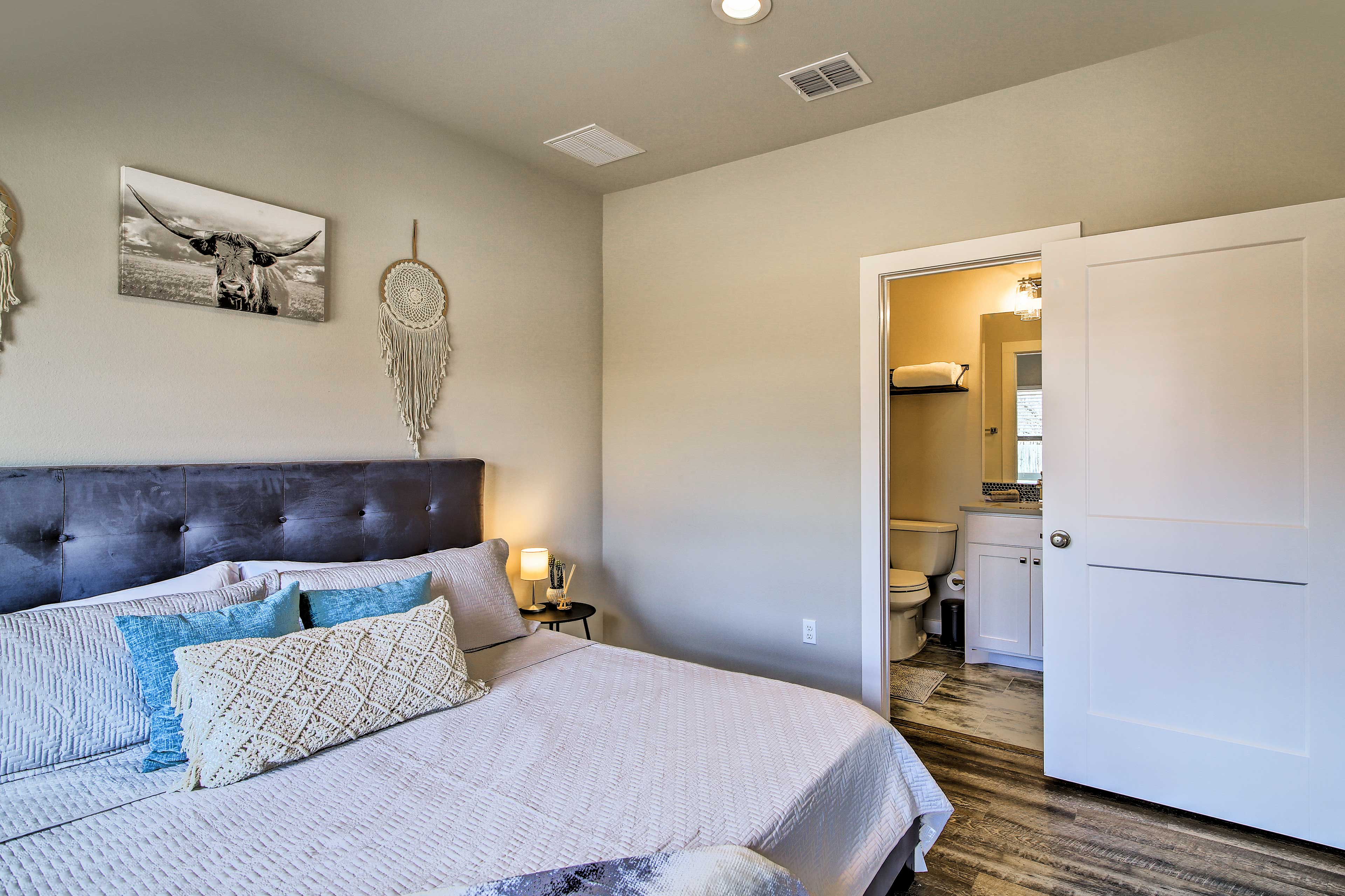 Enjoy the added privacy of an en-suite bathroom.