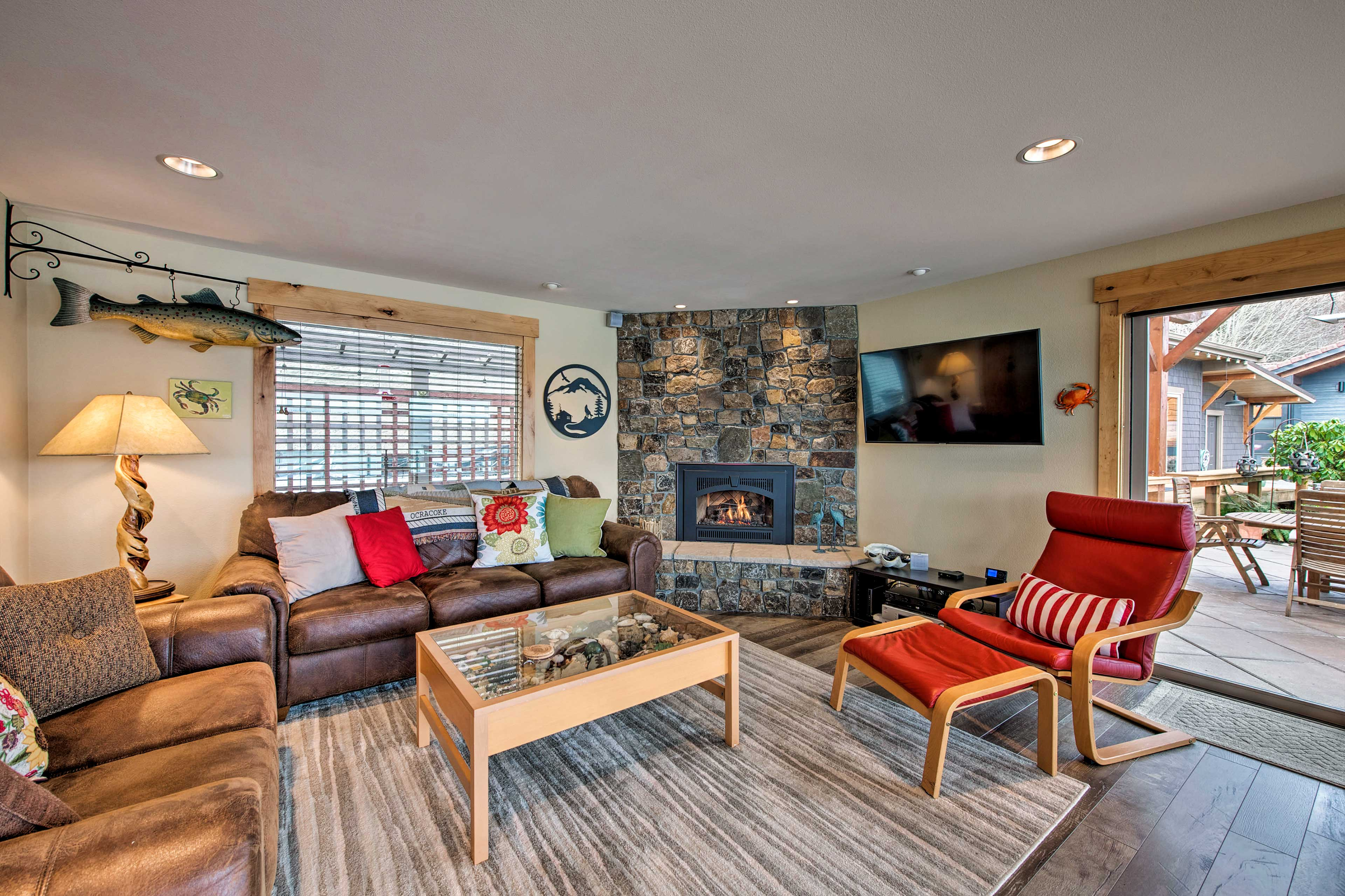 Warm up next to the gas-powered fireplace while you watch the flat-screen TV!