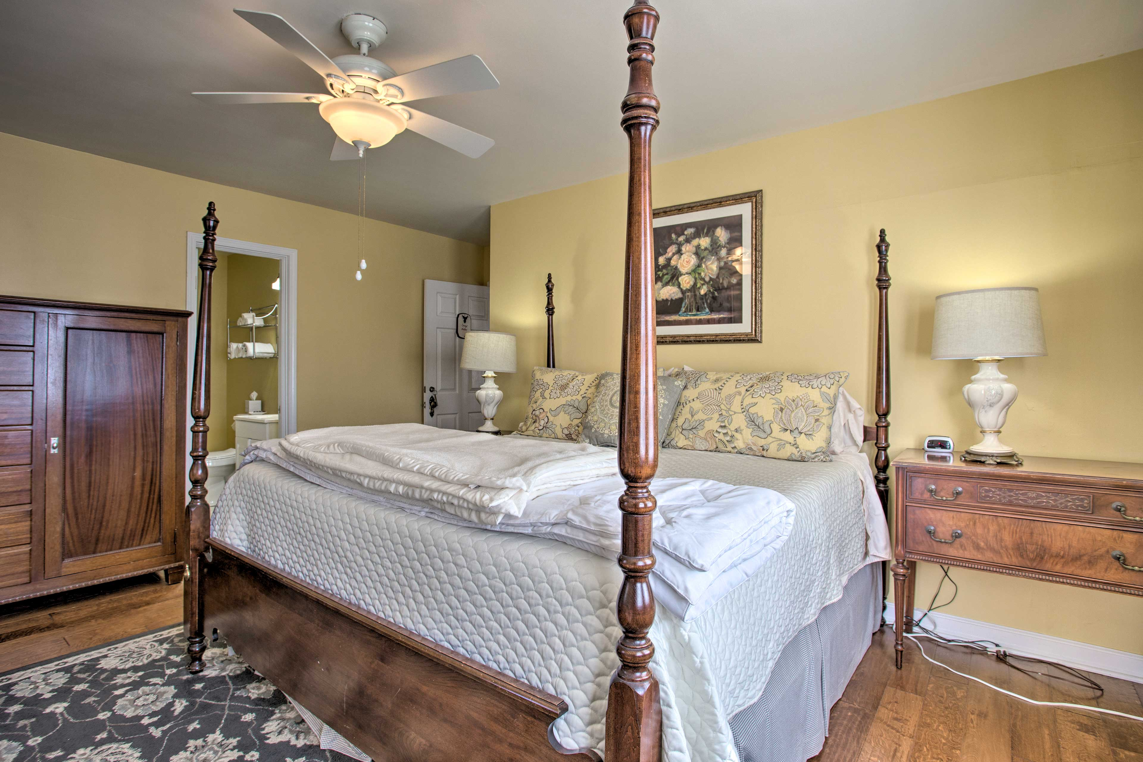 Linens will be provided for your stay.