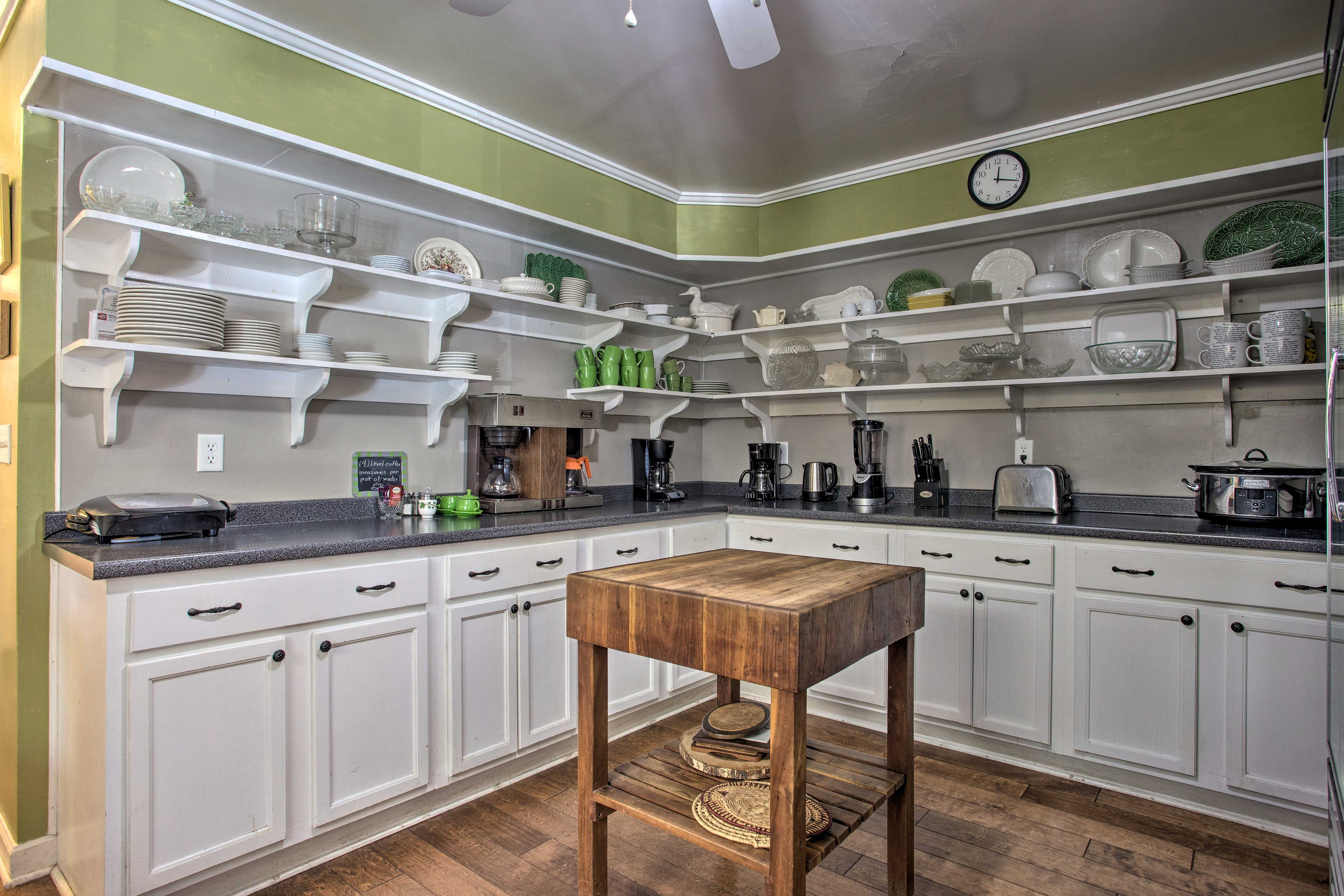 The kitchen is fully equipped with all you need for your favorite recipes.