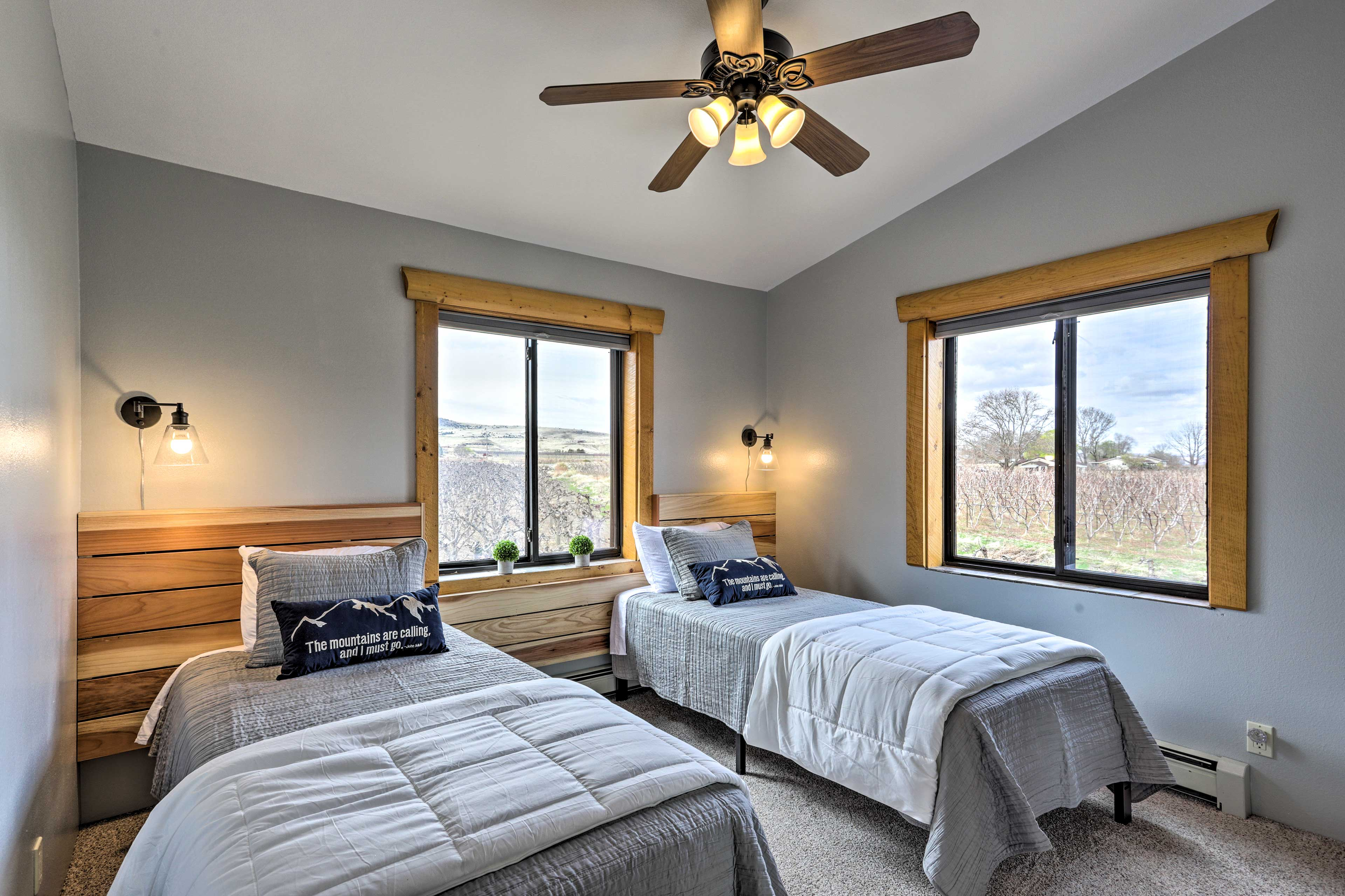 The kids will love the twin bed room.
