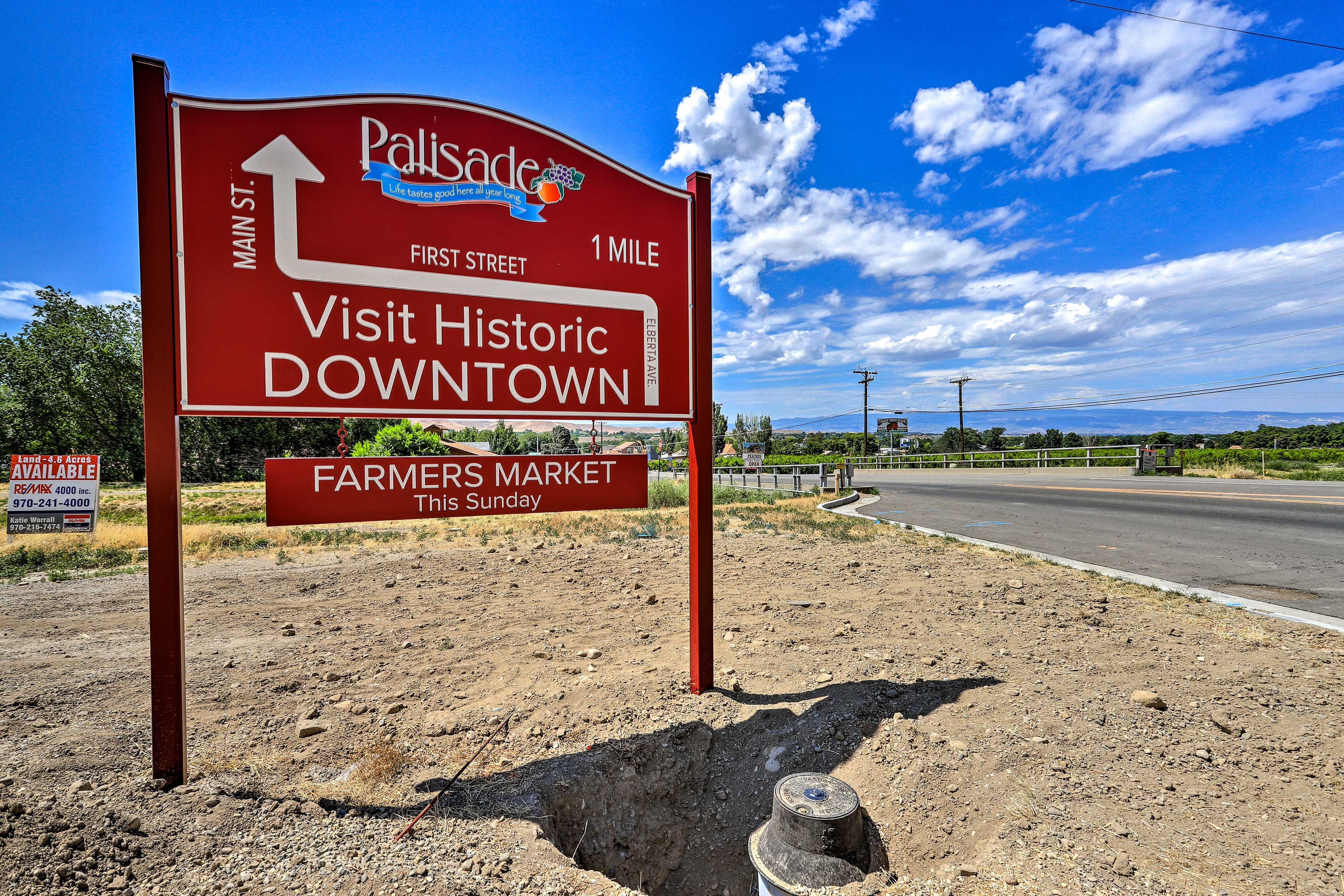 The Palisade farmers market is a must-see during your stay!