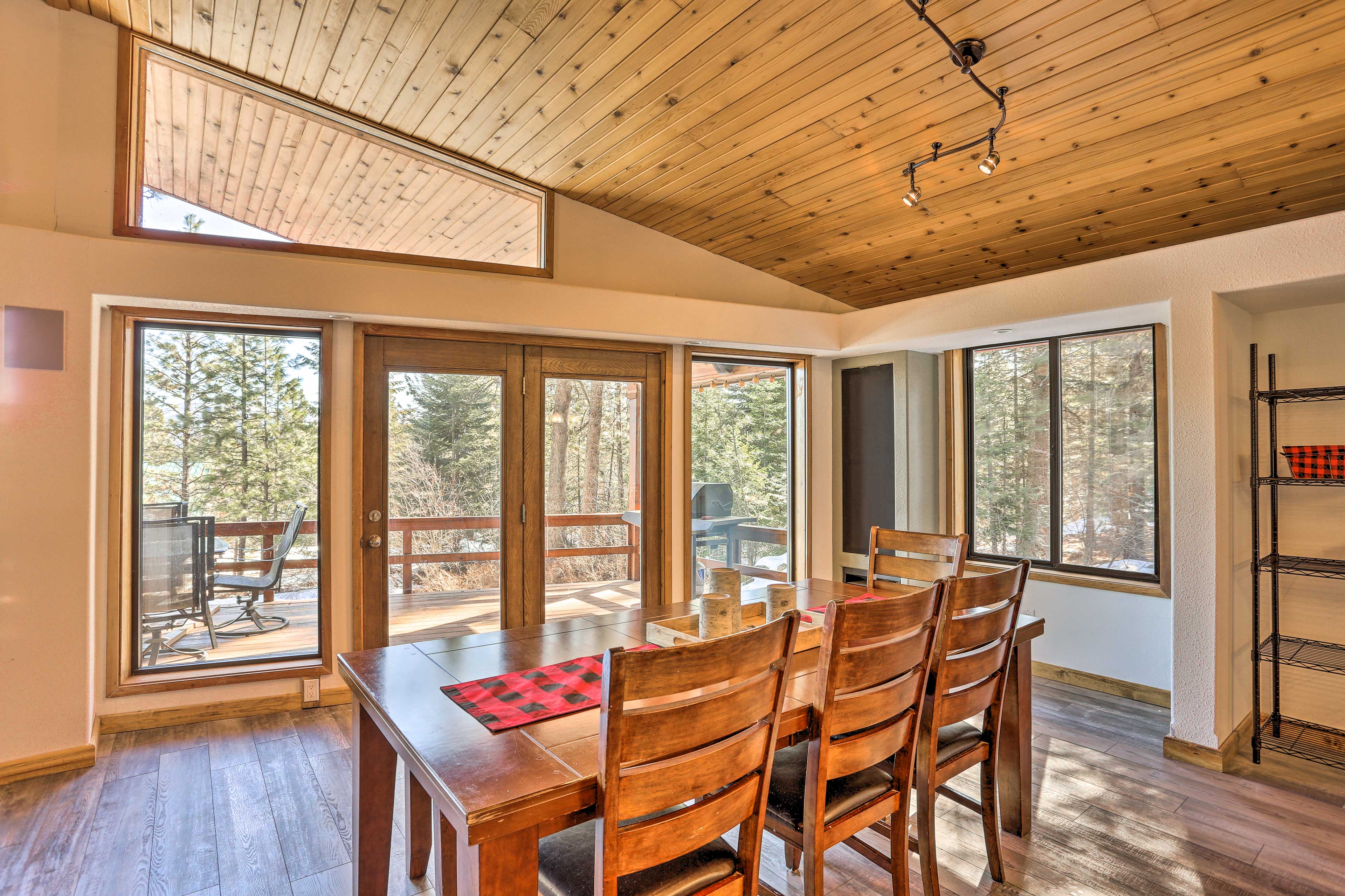 Open the door for a fresh mountain breeze while you eat.