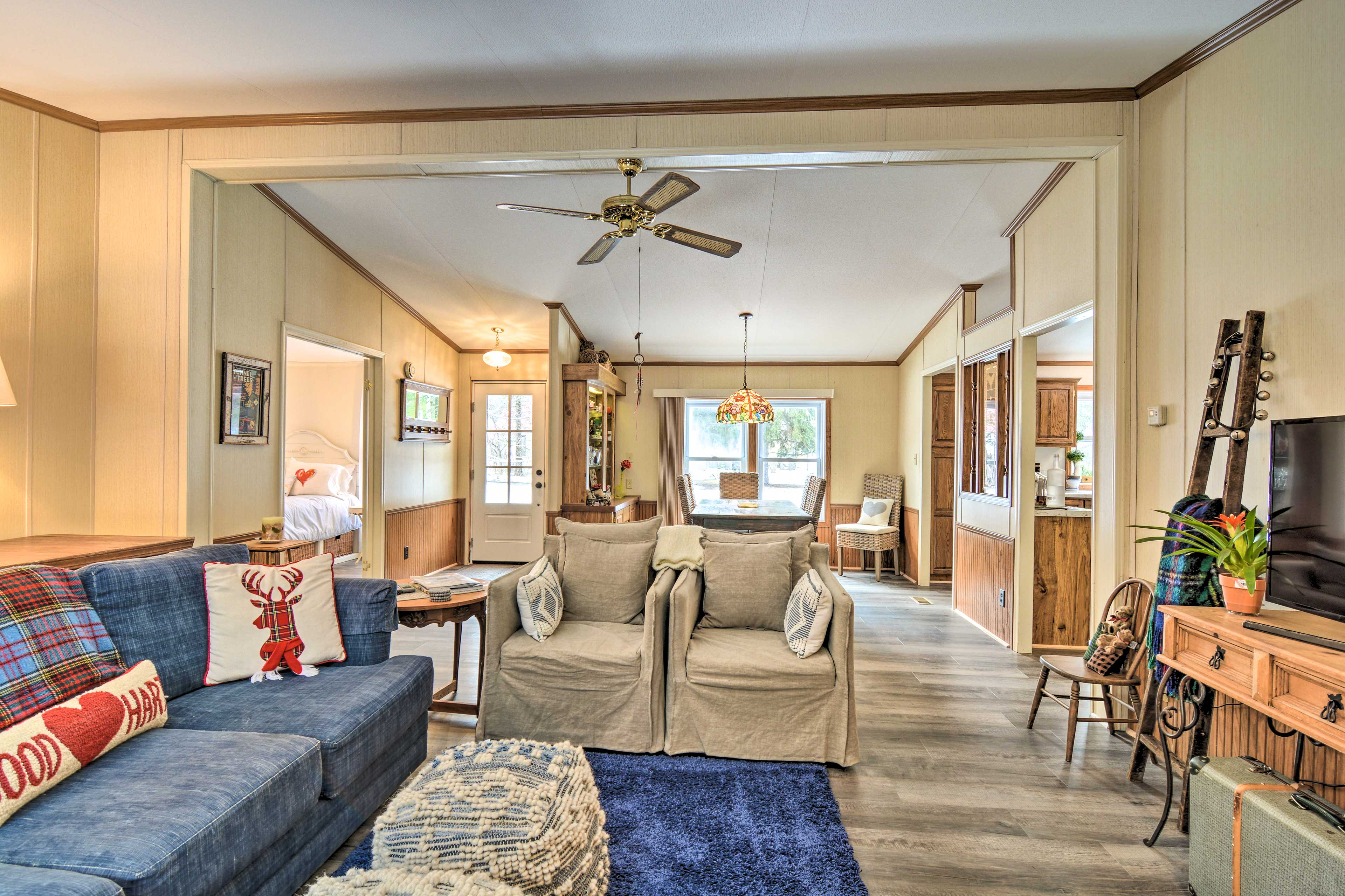 The open layout of the vacation rental makes it easy to socialize.