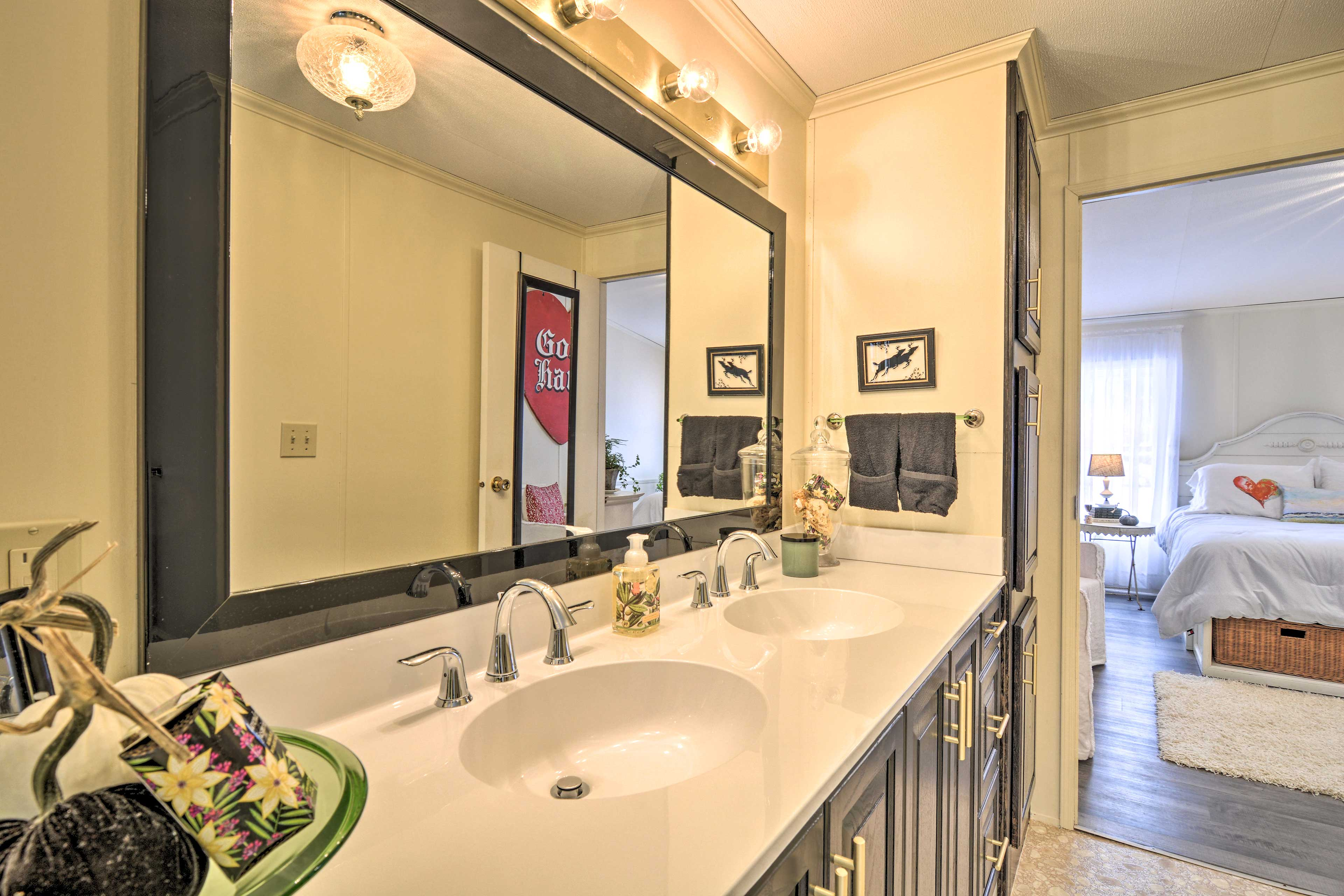 A dual-sink vanity makes getting ready a breeze!