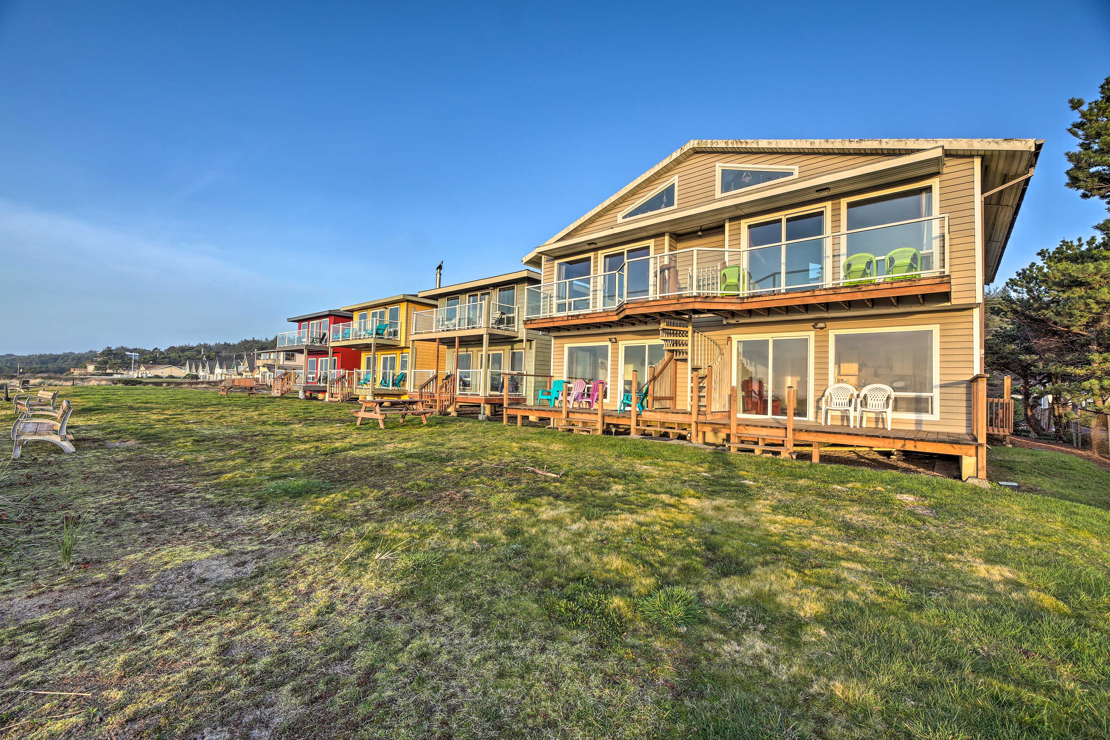 This multi-property is ideal for larger groups seeking coastal fun!