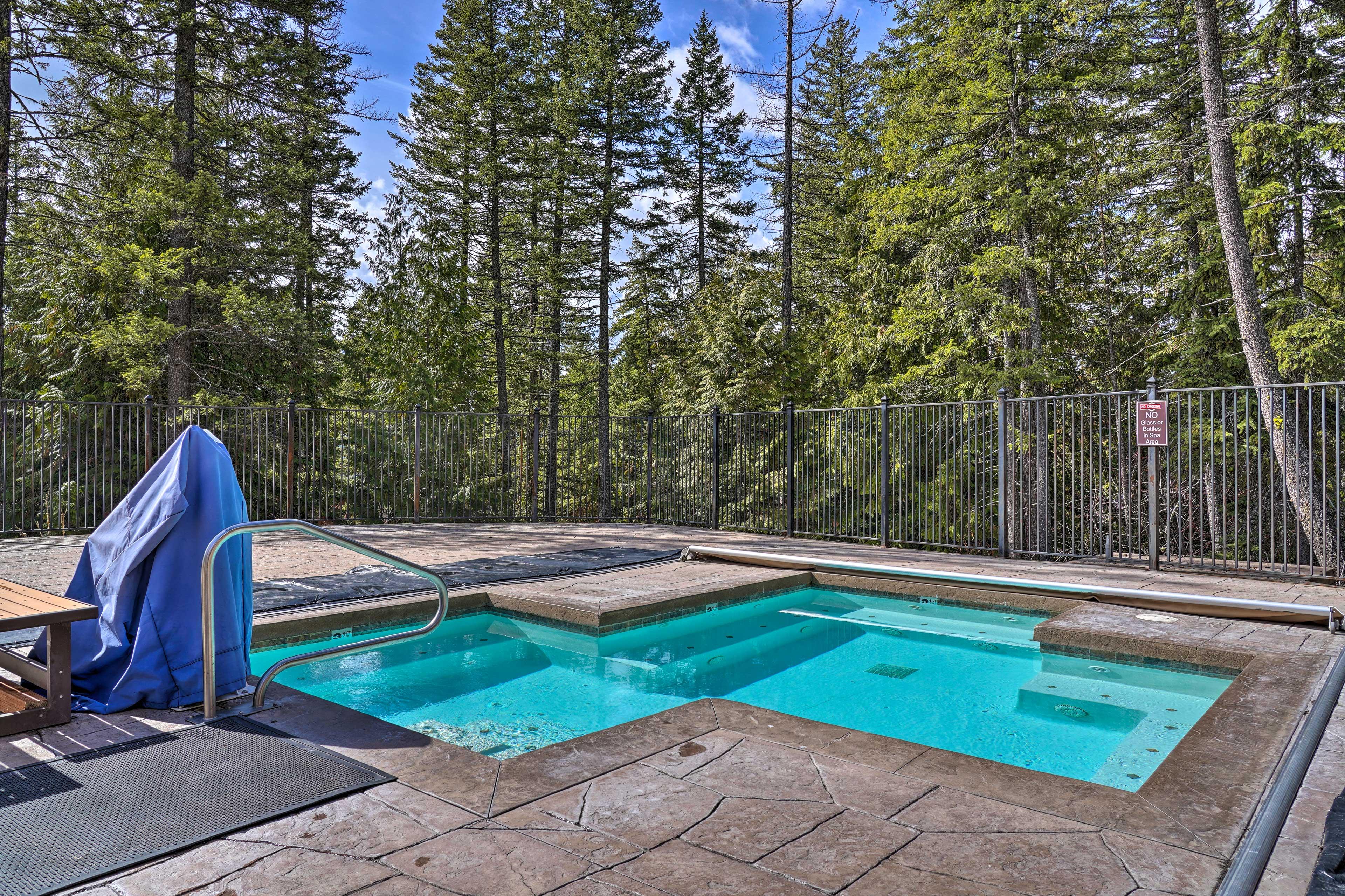 Located in Ptarmigan Village, the vacation rental features resort amenities!