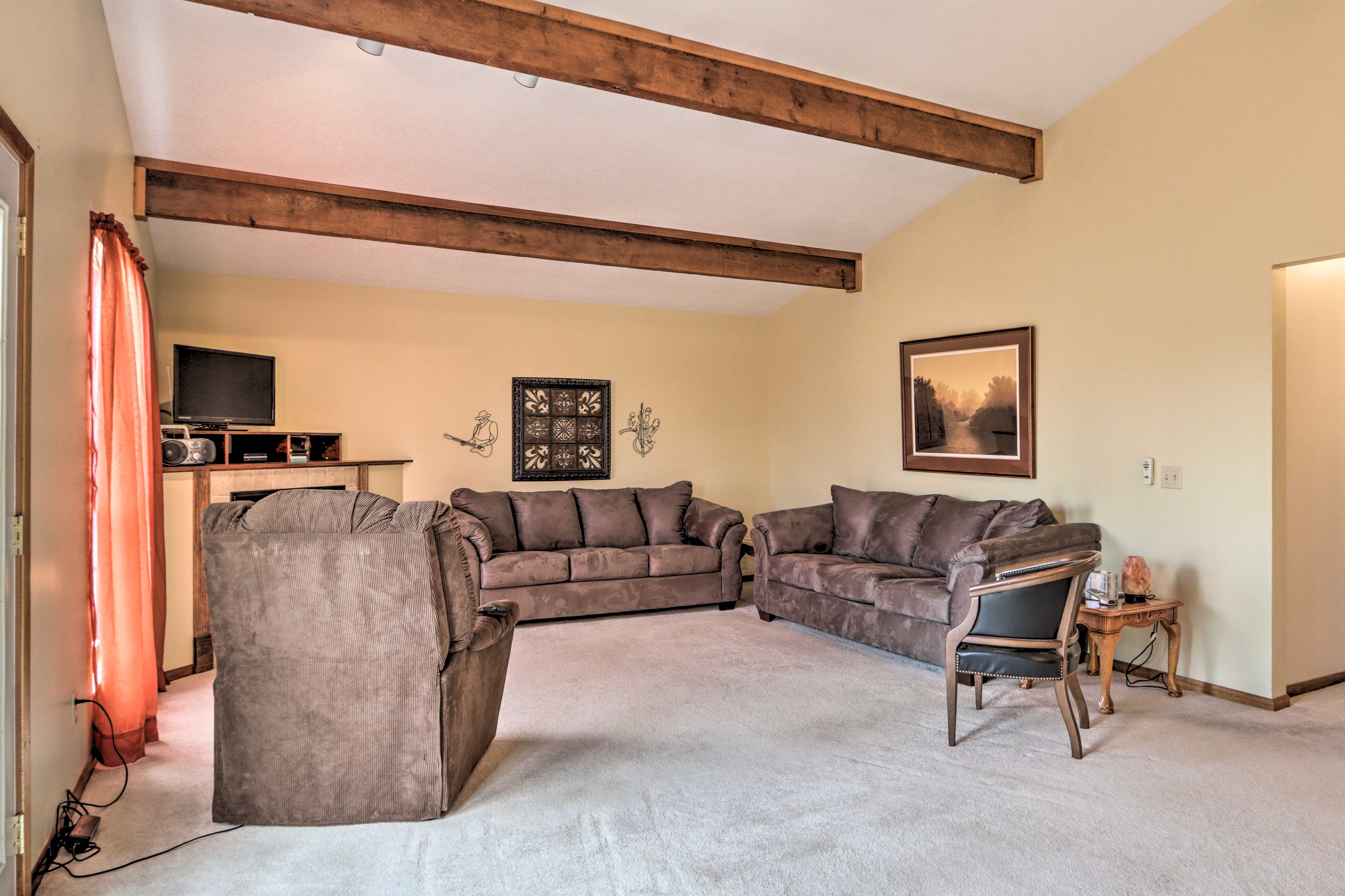 Watch TV on the flat-screen TV or warm up next to the gas fireplace.