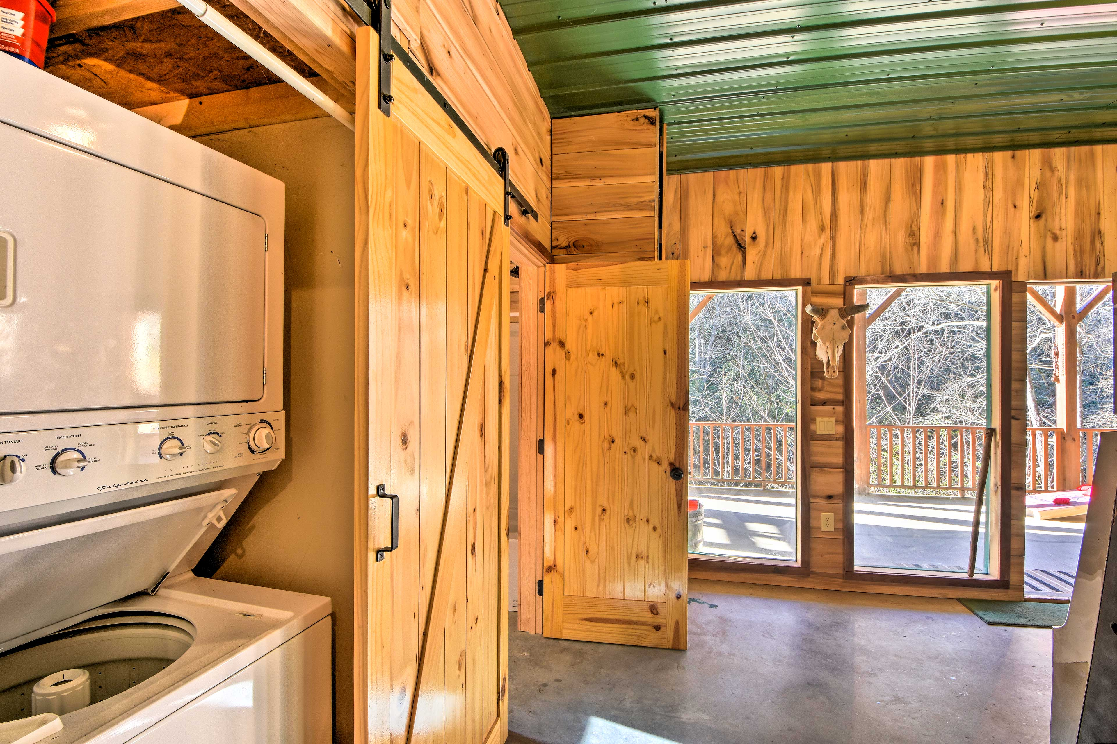 Keep your hiking gear fresh with the cabin's washer and dryer.