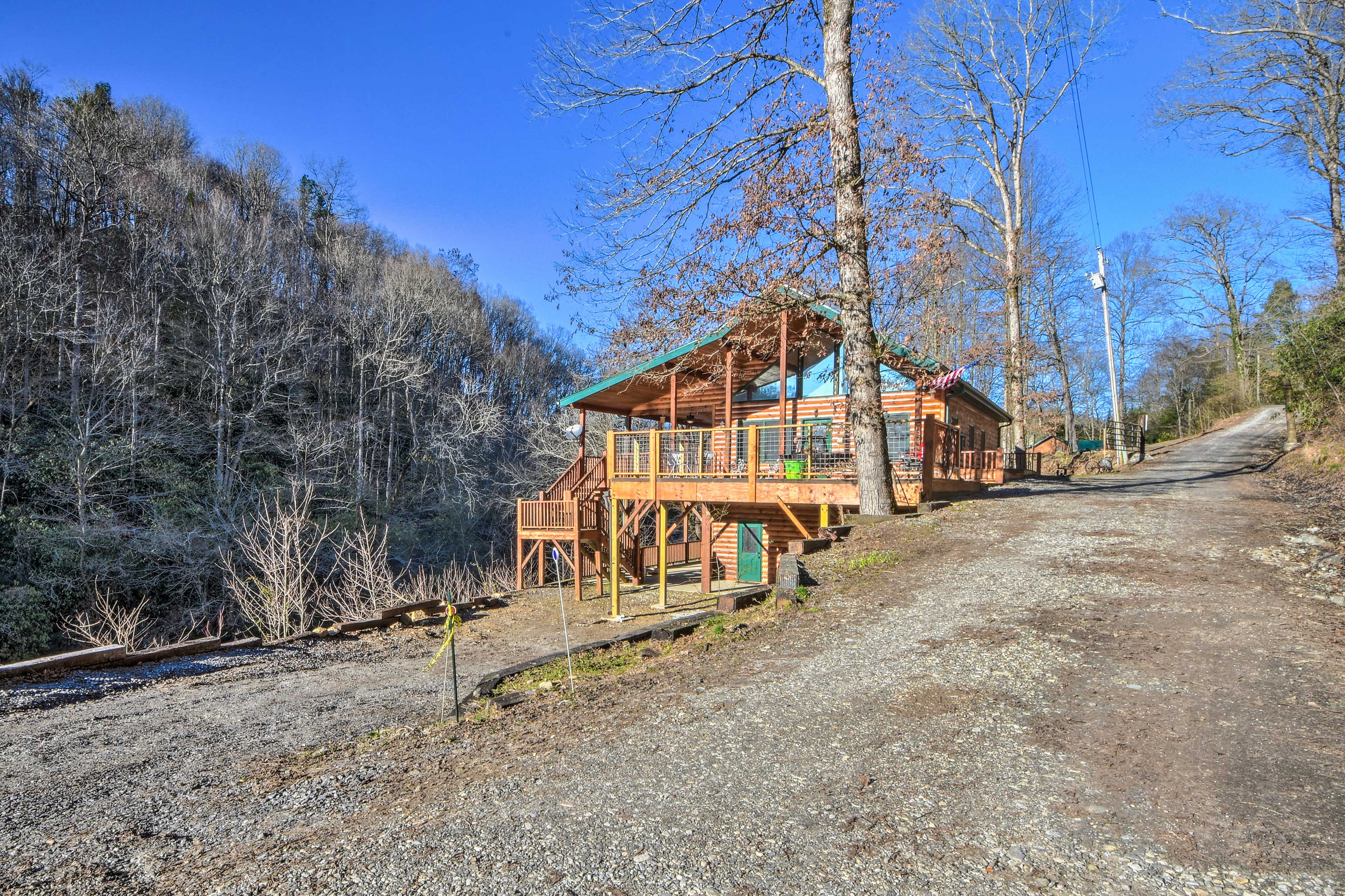 Leave your worries at the front door of this one-of-a-kind riverfront cabin.