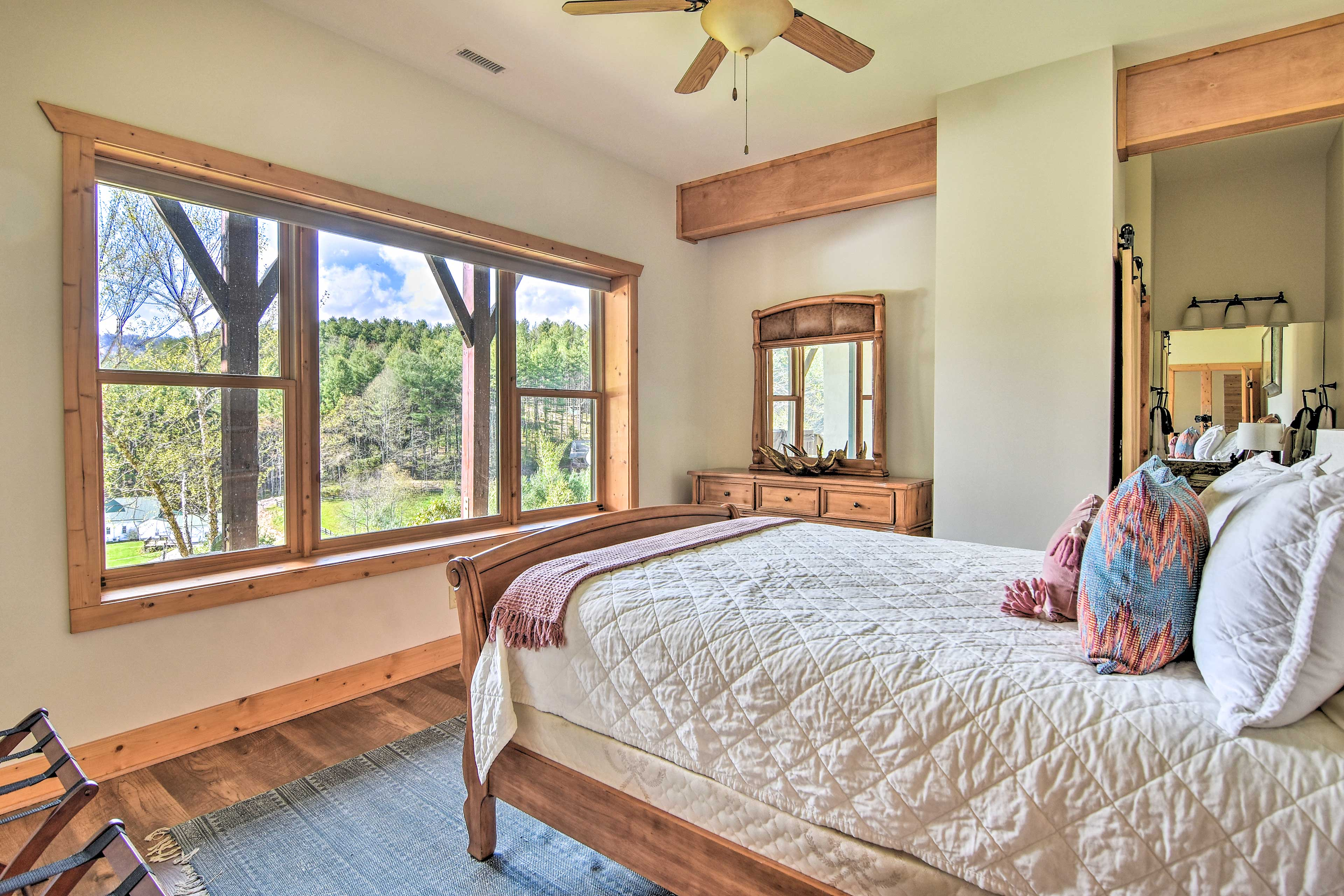 Wake up to wonderful views of the Blue Ridge Mountains!