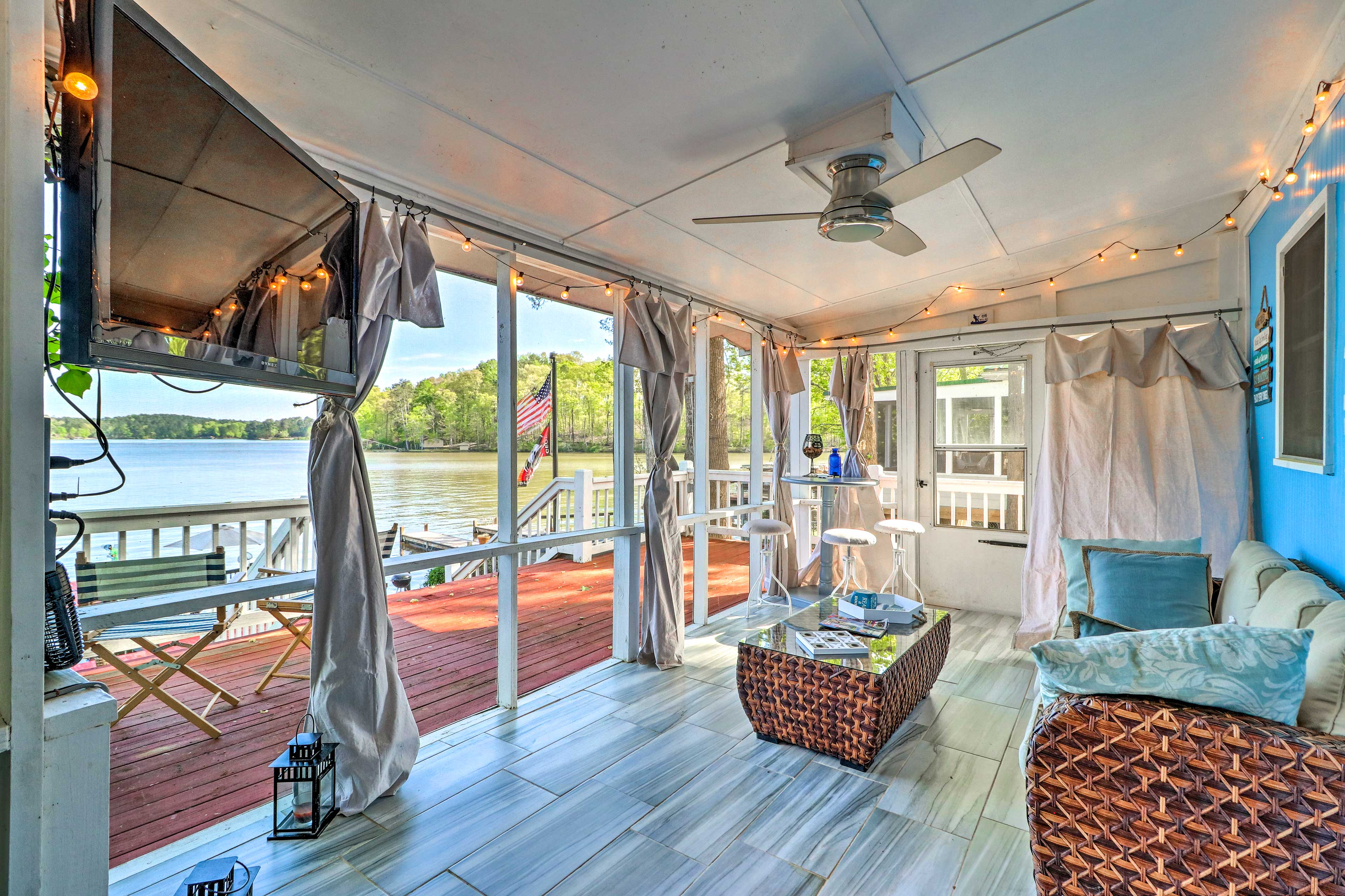 Lounge in the screened porch to watch TV or take in the views.