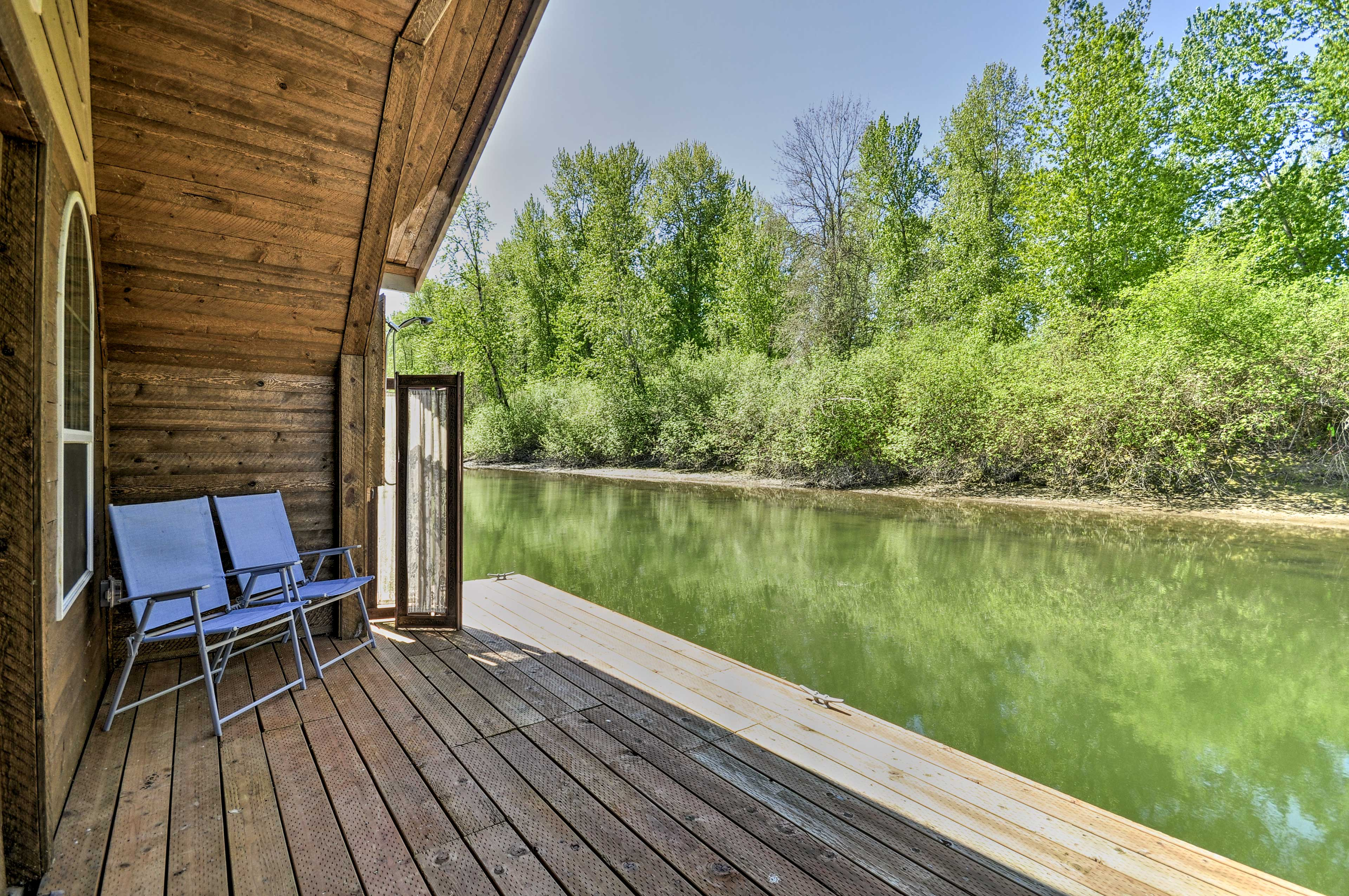 The vacation rental overlooks the Columbia River.