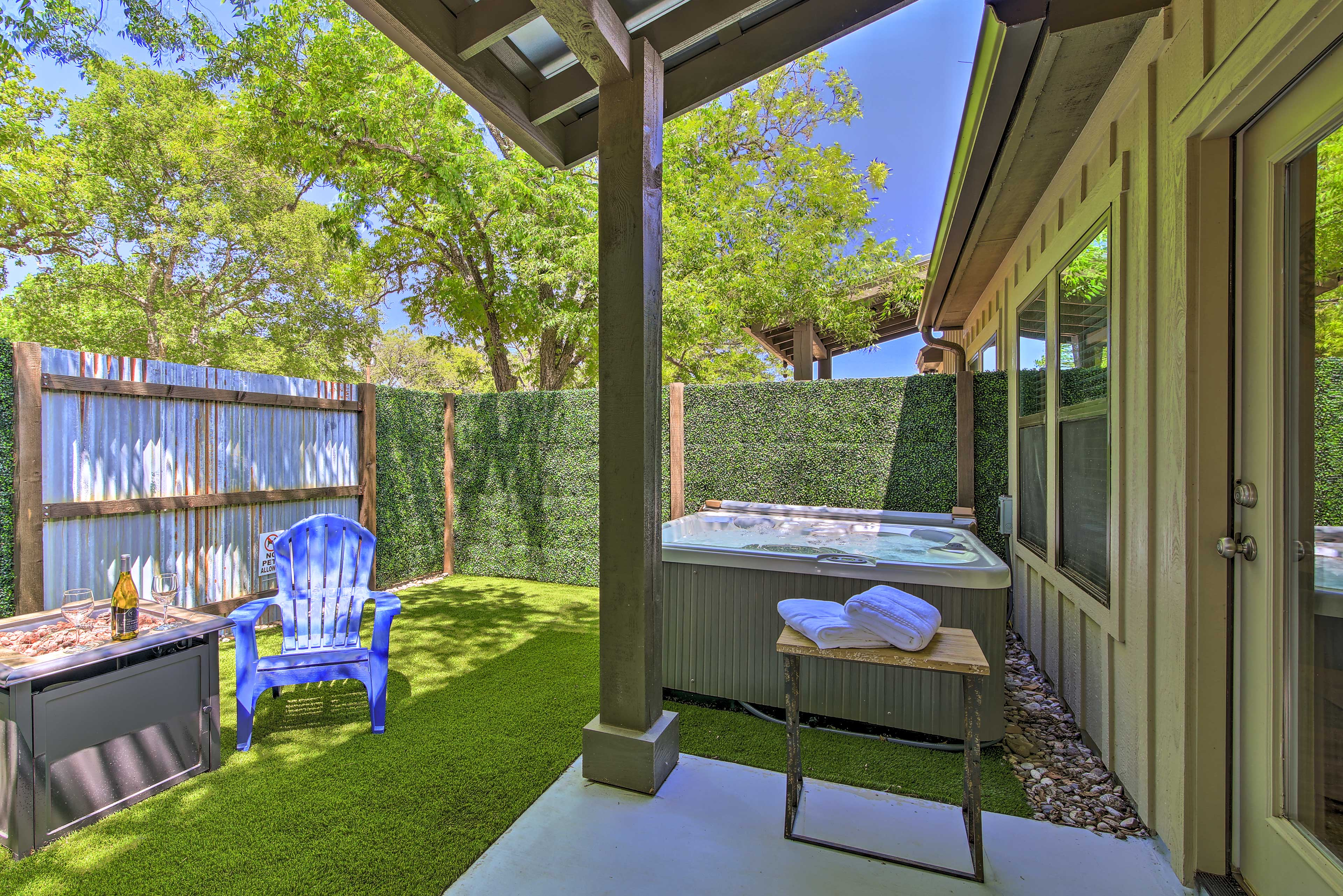 You'll have plenty of privacy in this quaint fenced-in yard.