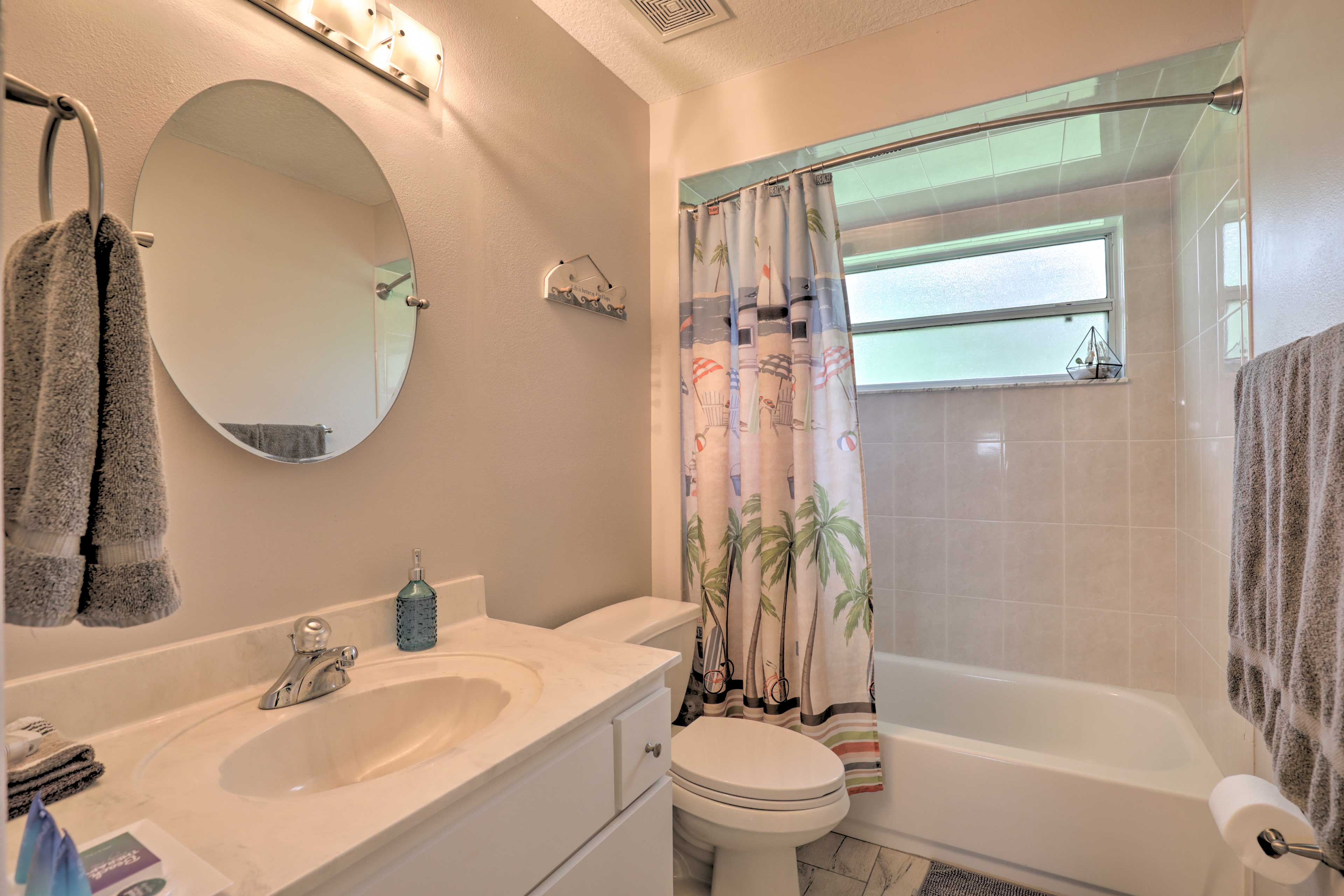 Rinse off in the shower/tub combo in the third bathroom.