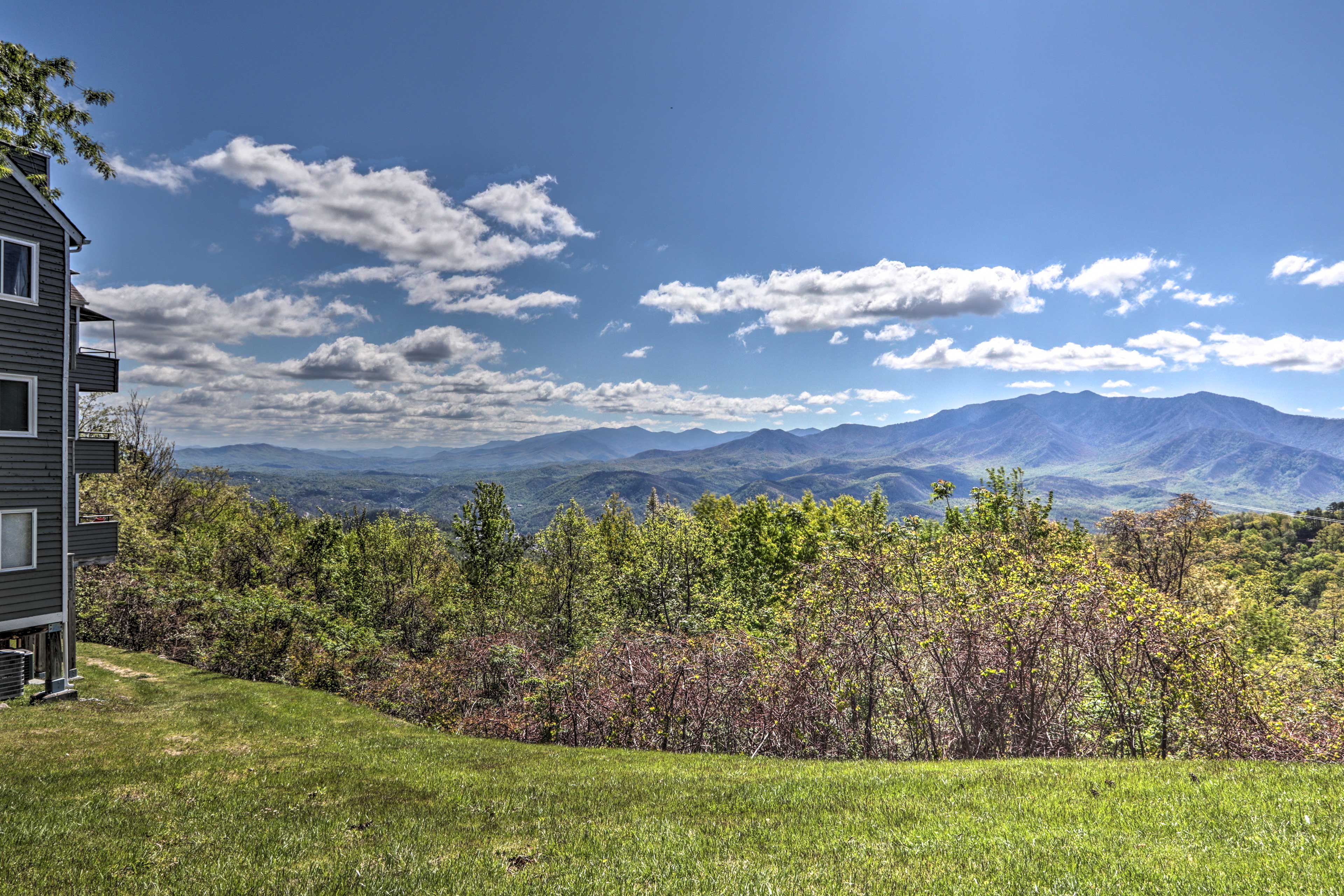 Explore the Great Smoky Mountain National Park!