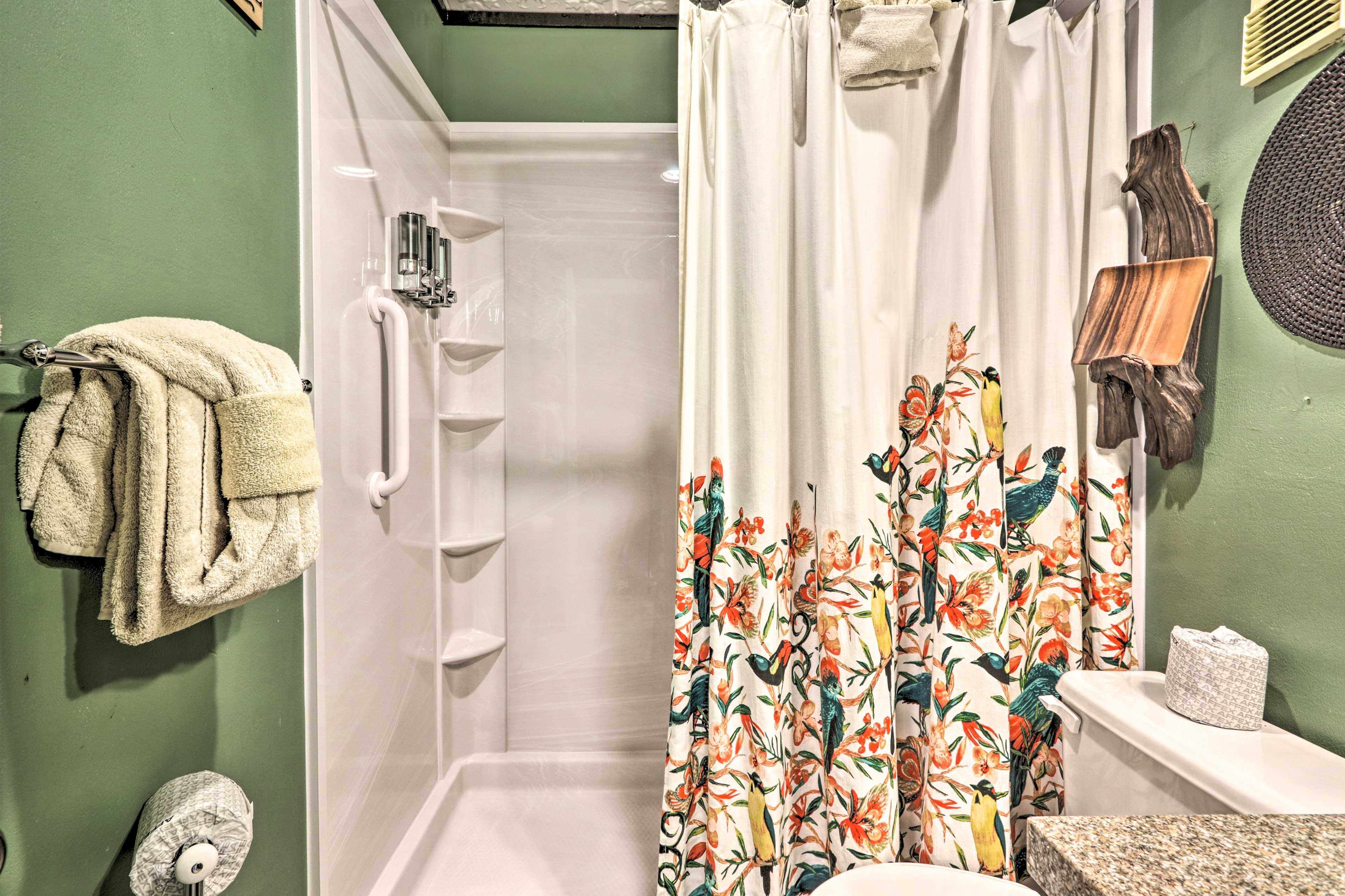 Unwind in the step-in shower.