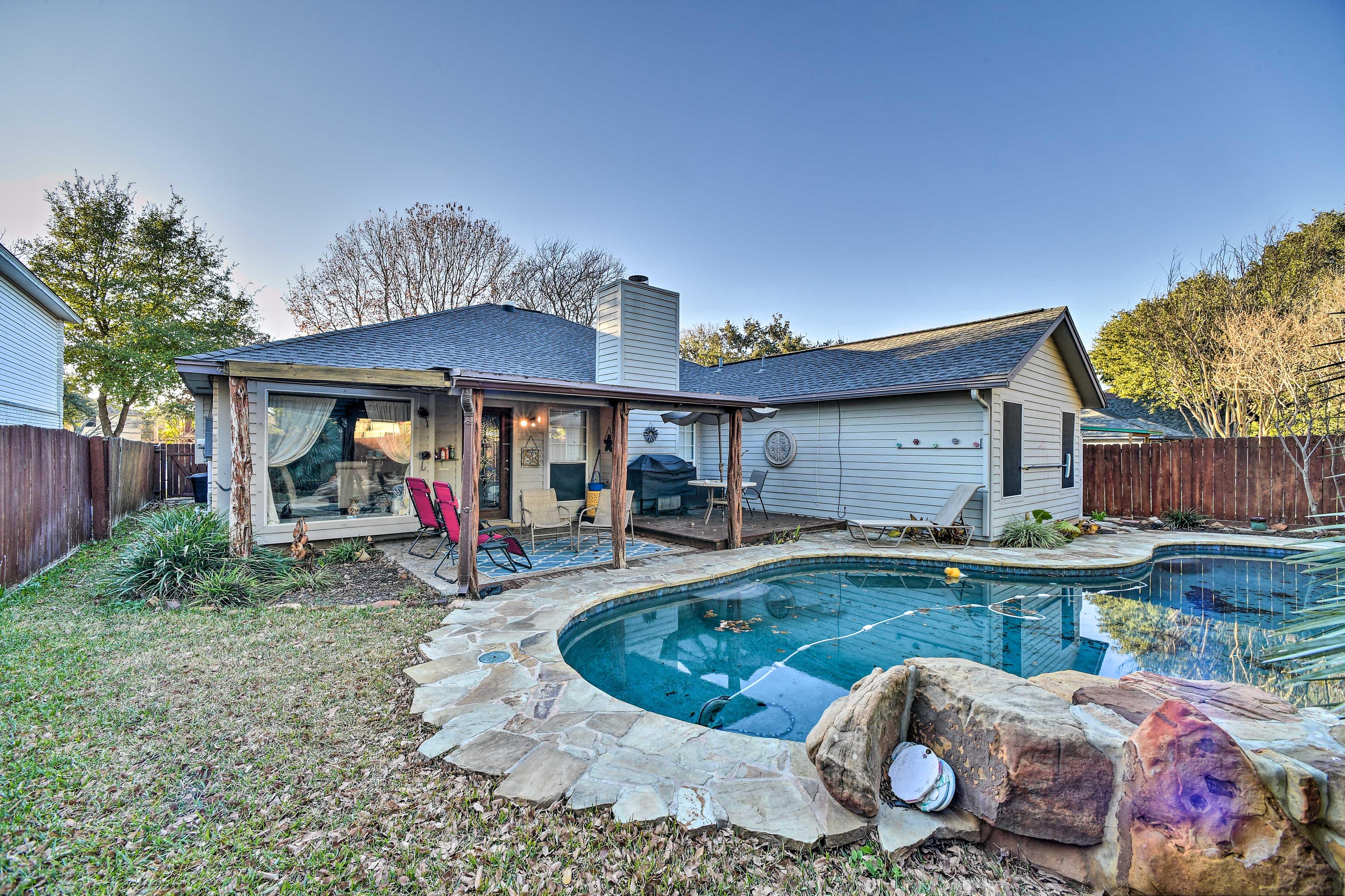 Backyard | Covered Patio | Deck