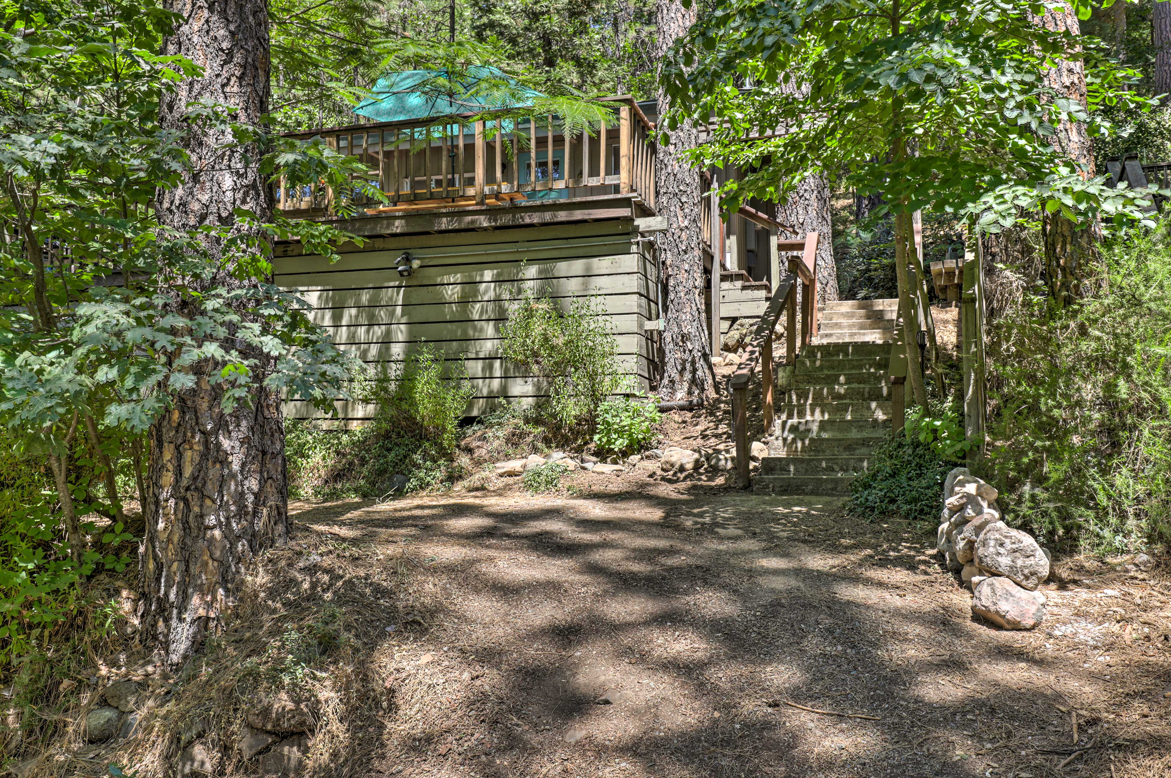 Clear Lake is just a short drive from this charming and secluded home!