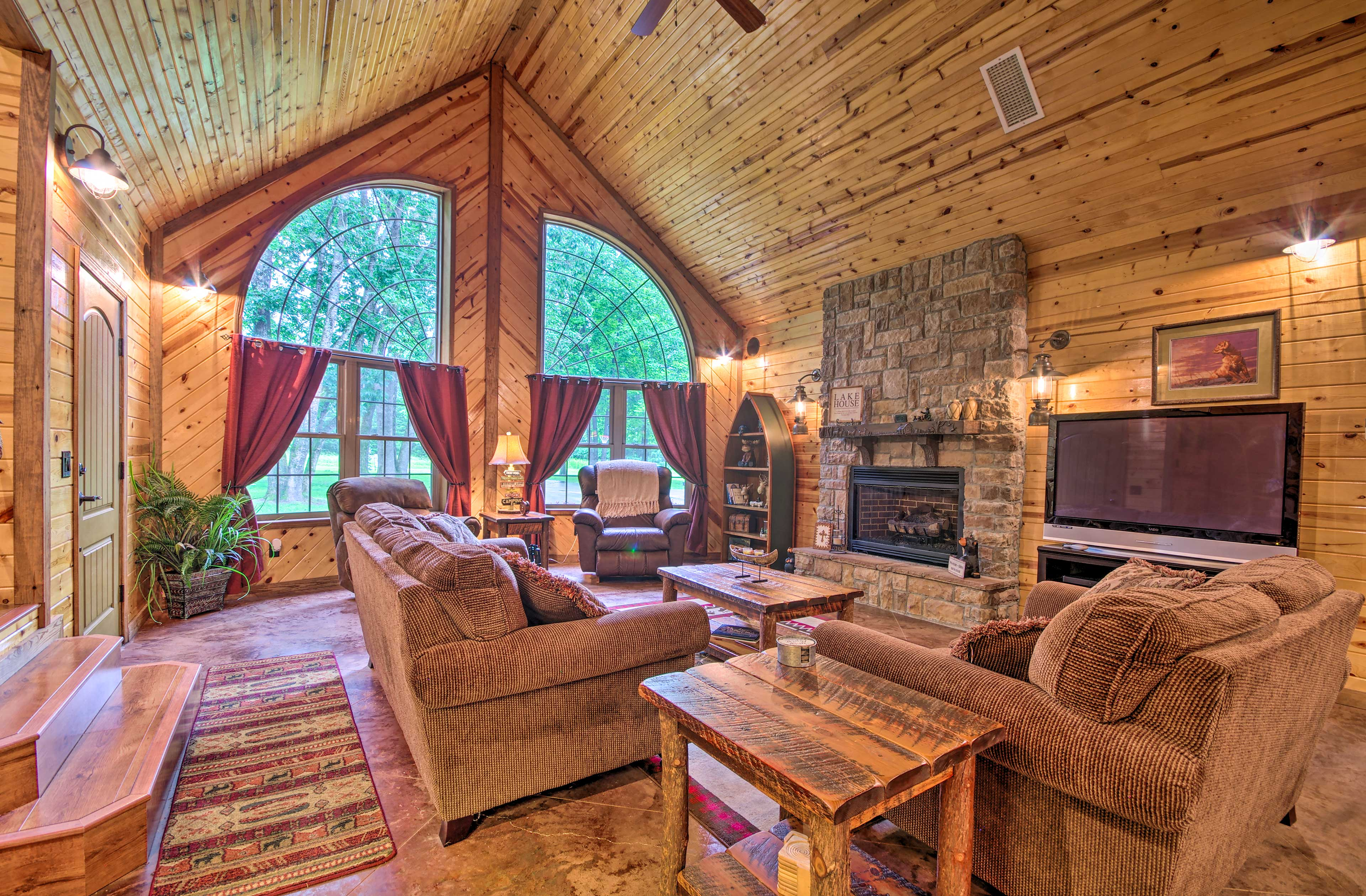Bring the family to this Mountain Home vacation rental for a backcountry stay.