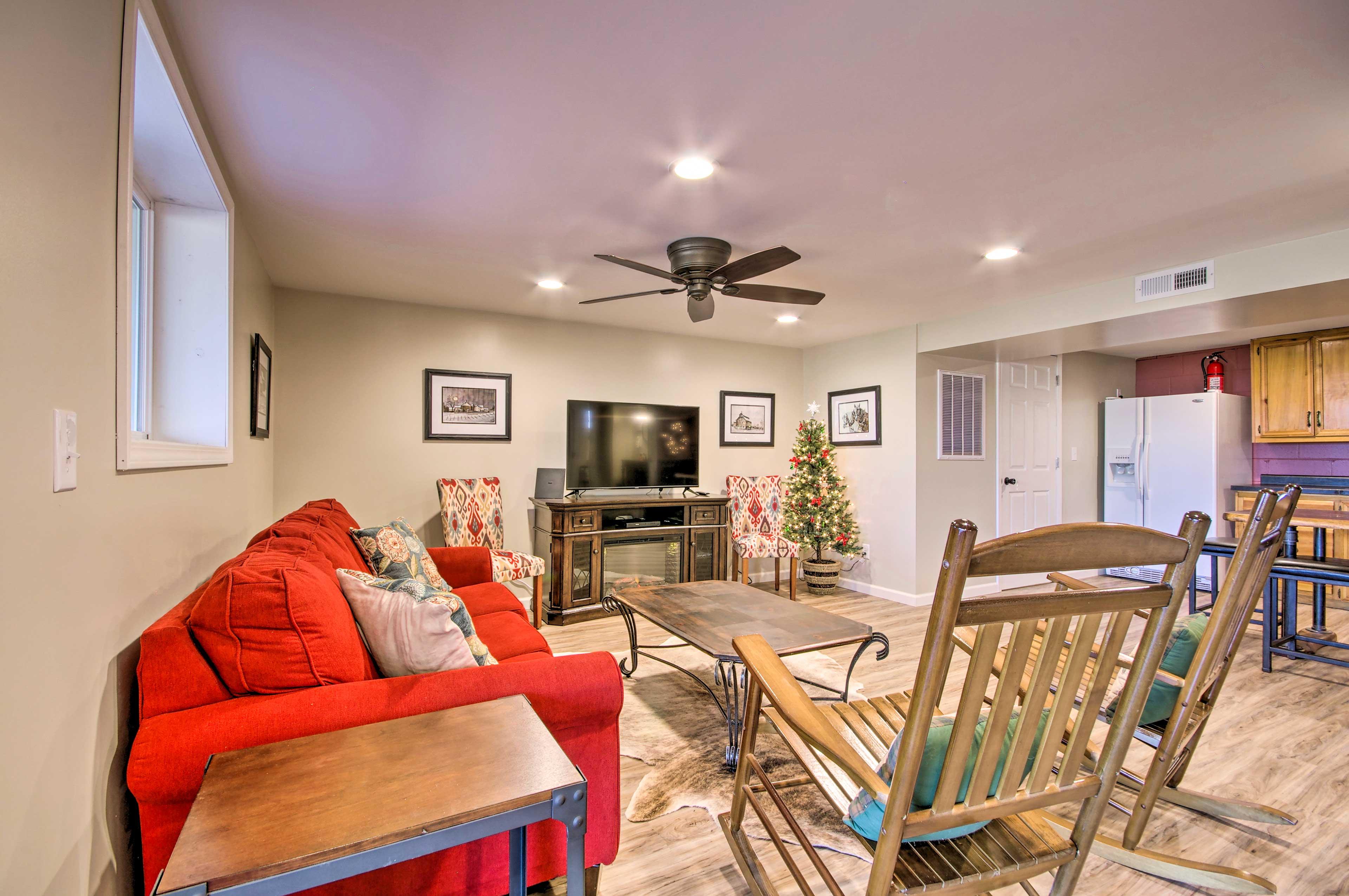 Living Room 2 | Smart TV