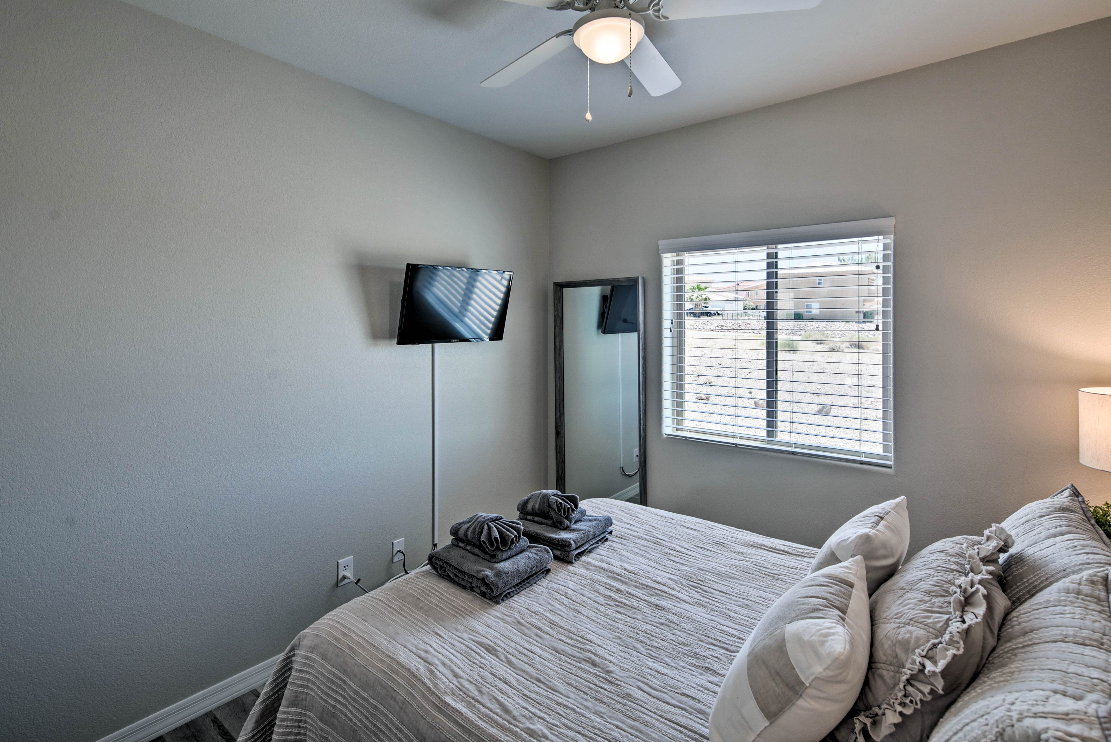 This room also has a flat-screen Smart TV.