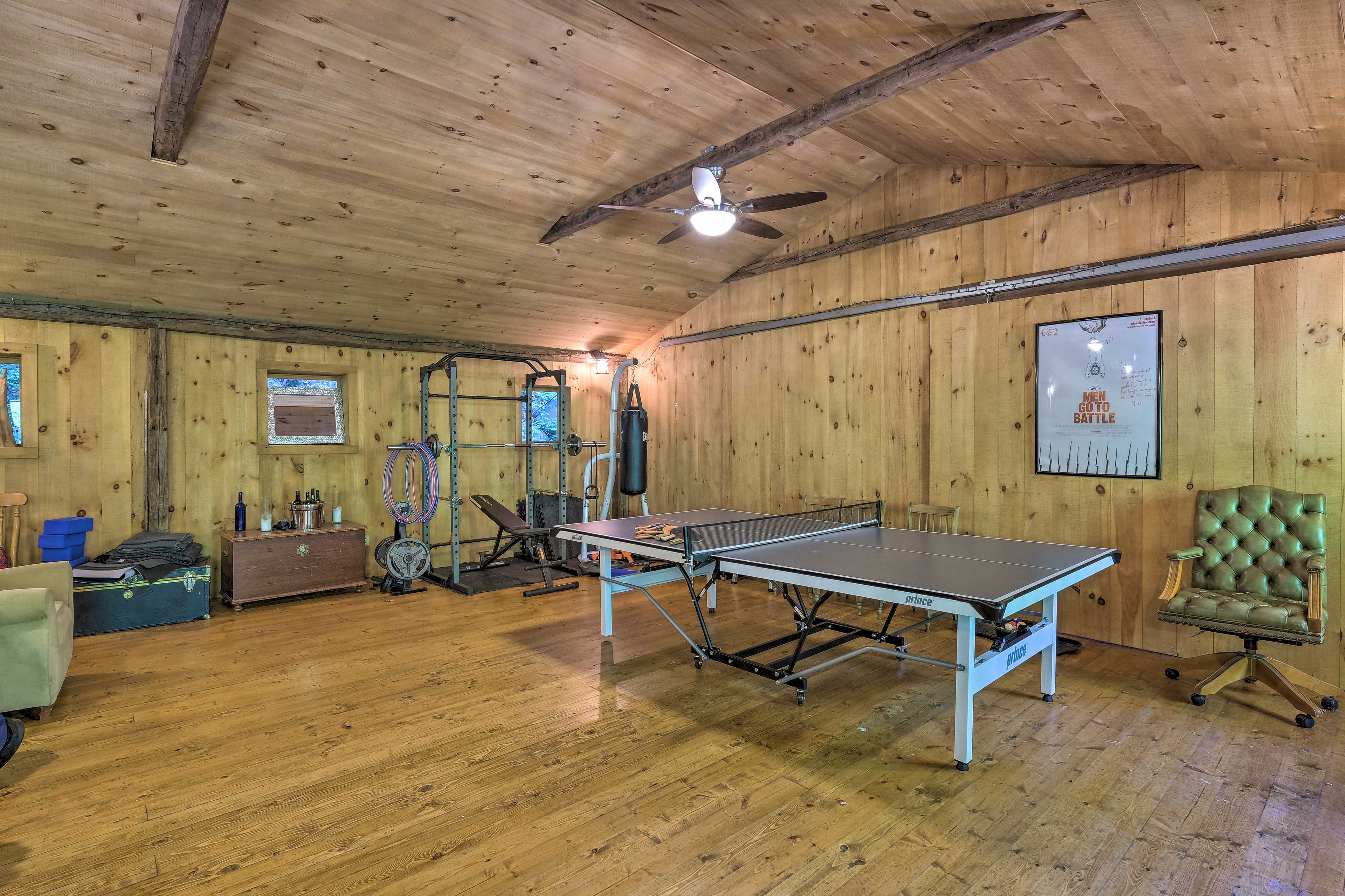 Play a competitive ping pong tournament with companions.