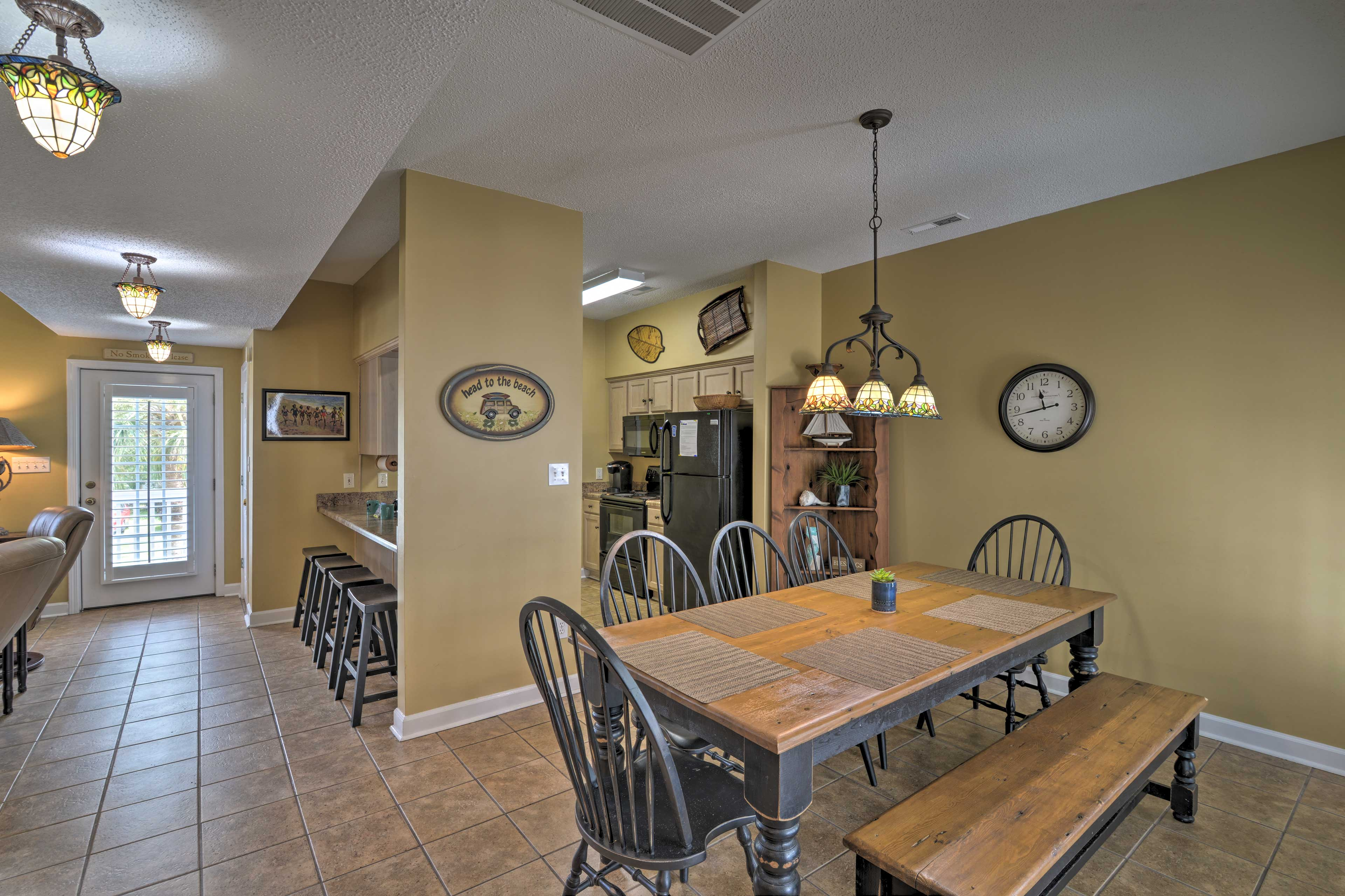 Wine and dine in the comfort of your Surfside Beach home base.