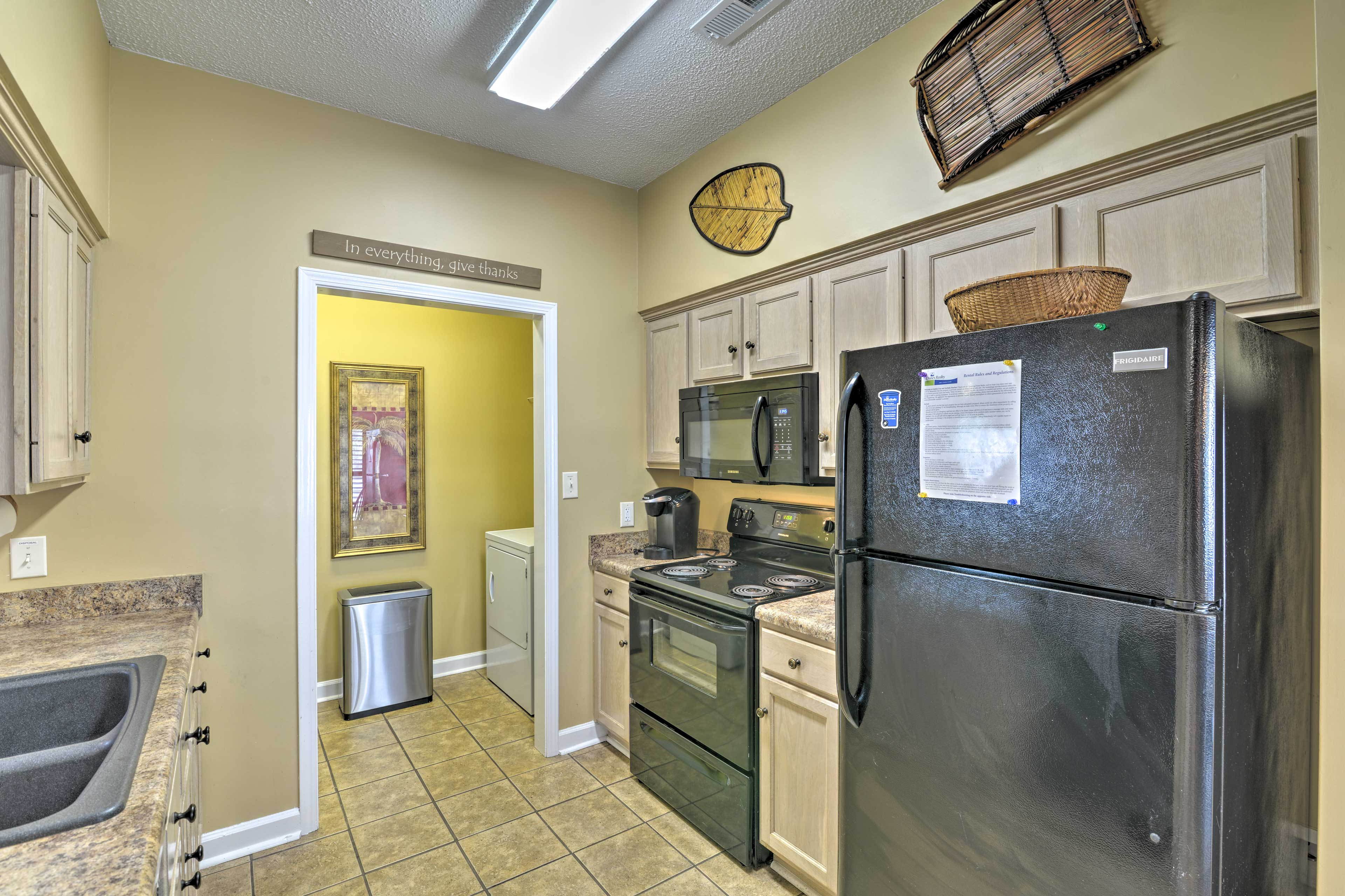 The fully equipped kitchen features all of the bells and whistles!