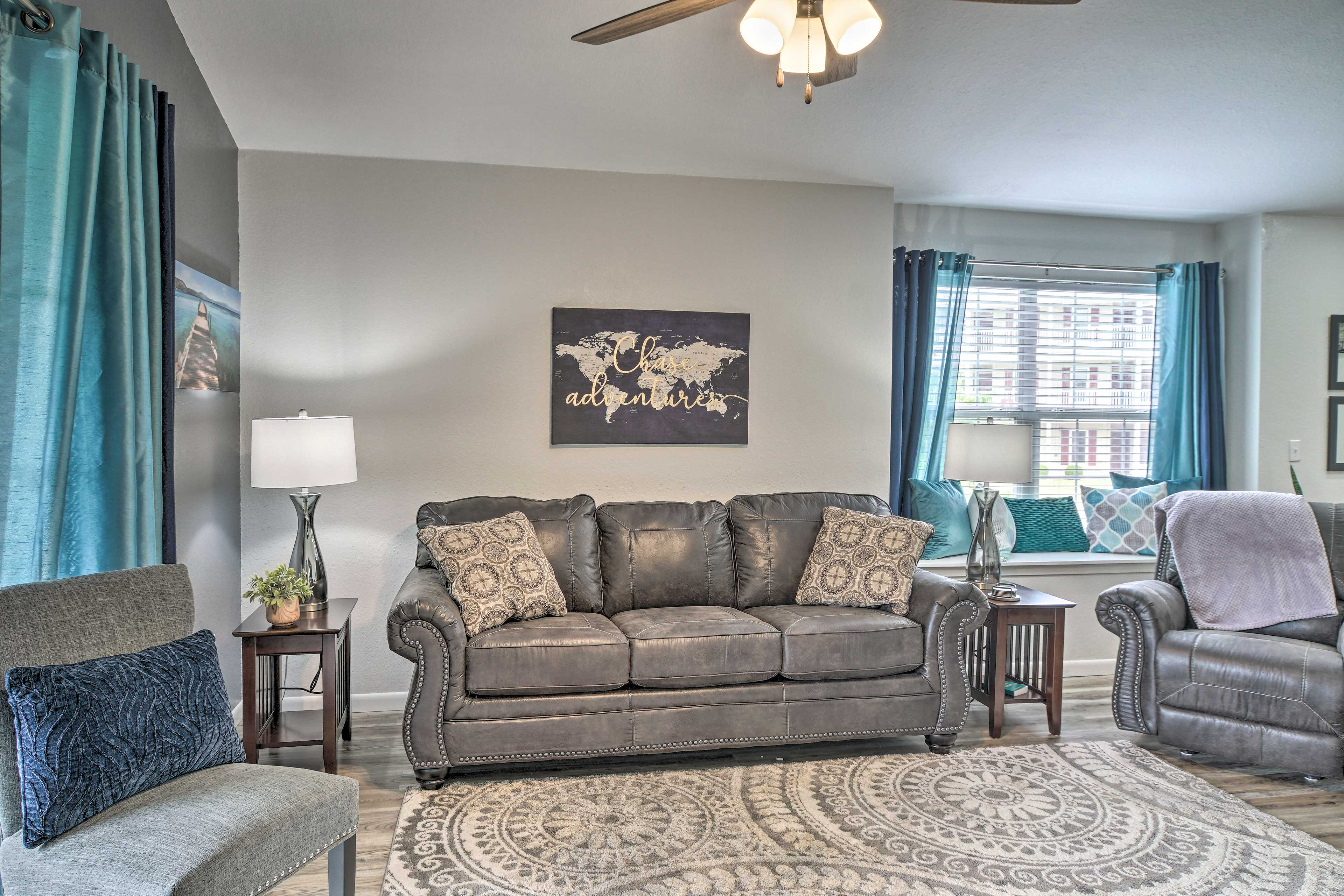 Living Room | Electric Fireplace | End Tables w/USB Ports