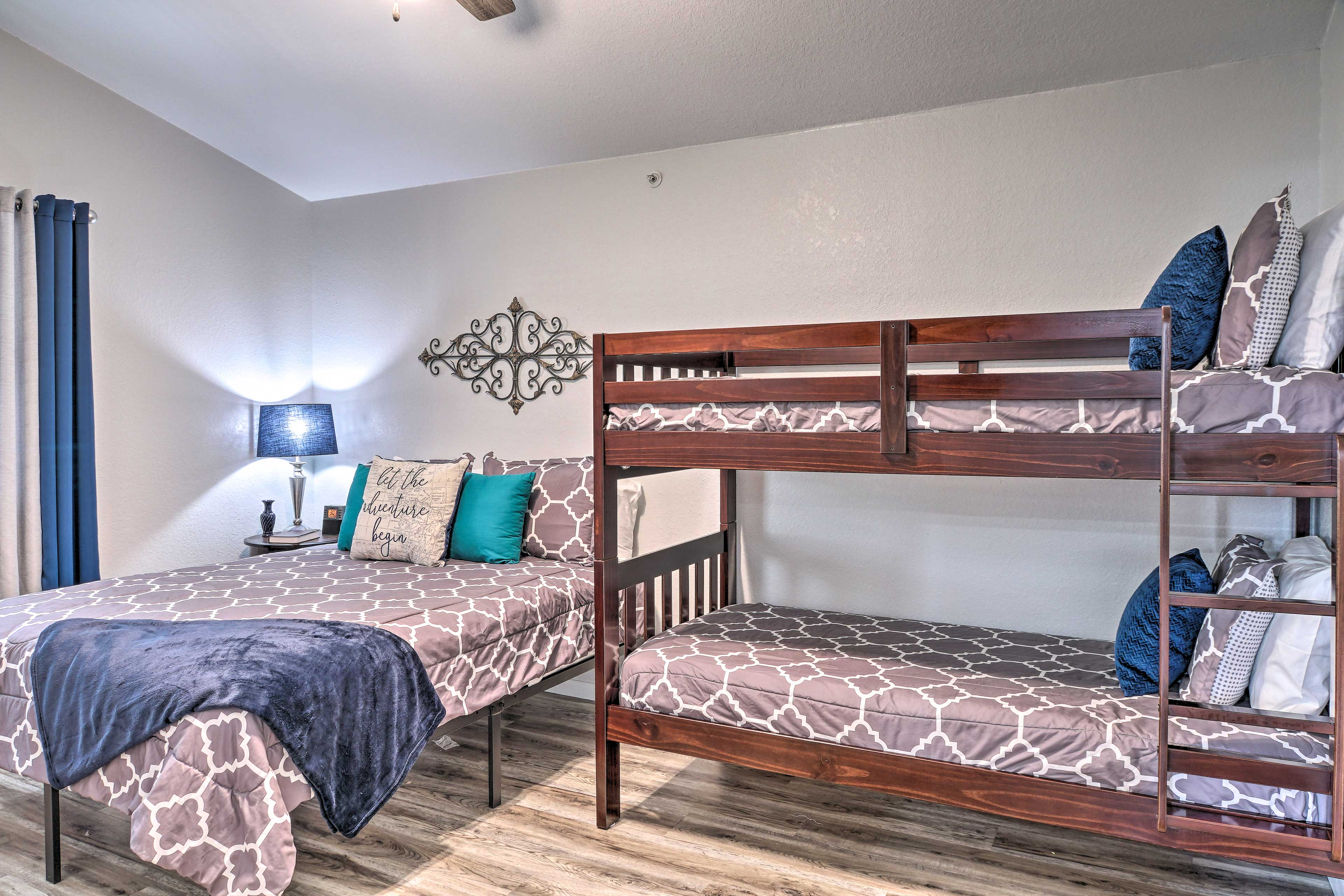 Bedroom 2 | Twin Bunk Bed | Queen Bed