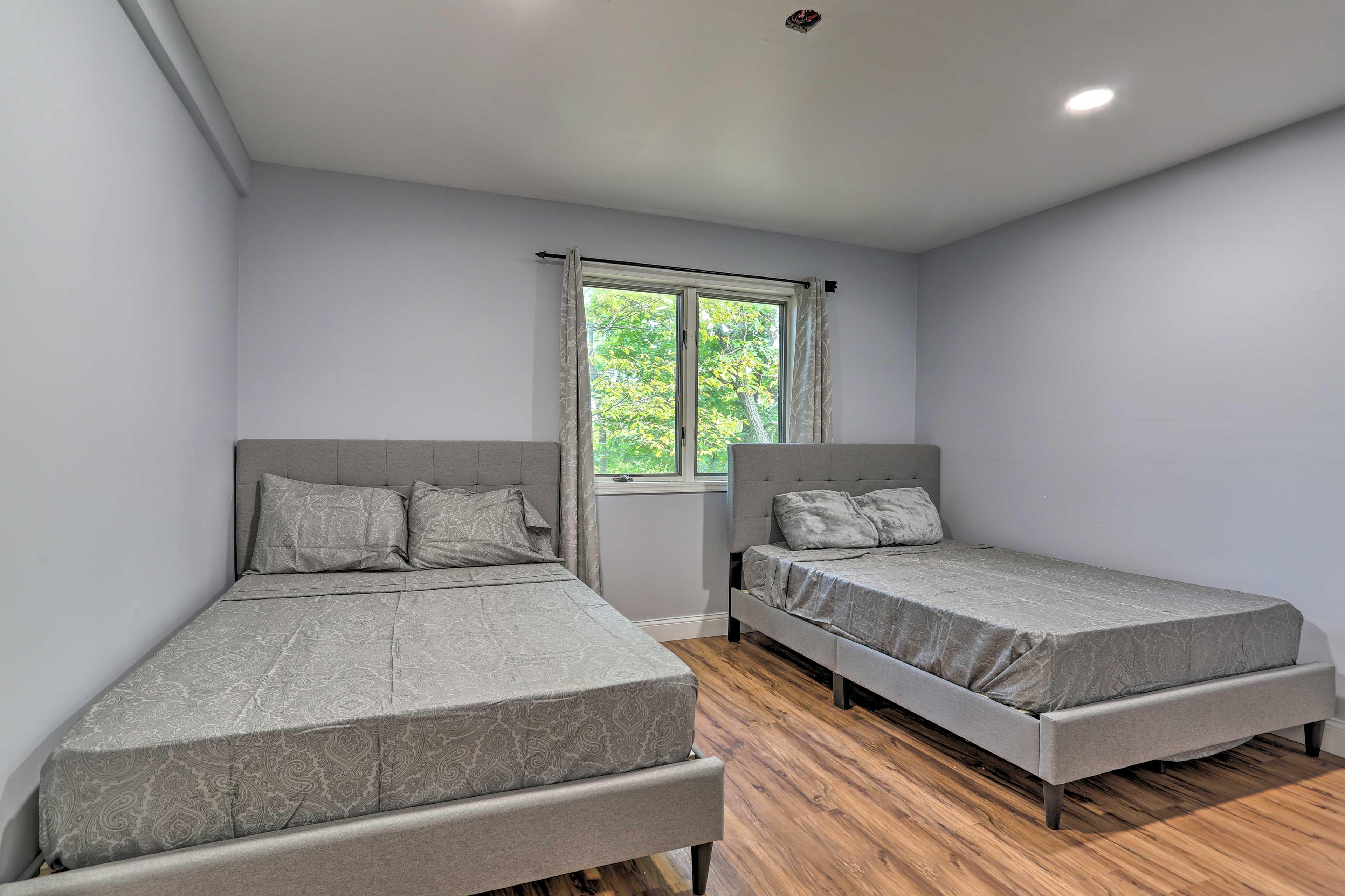 Bedroom 5 | 2 Full Beds
