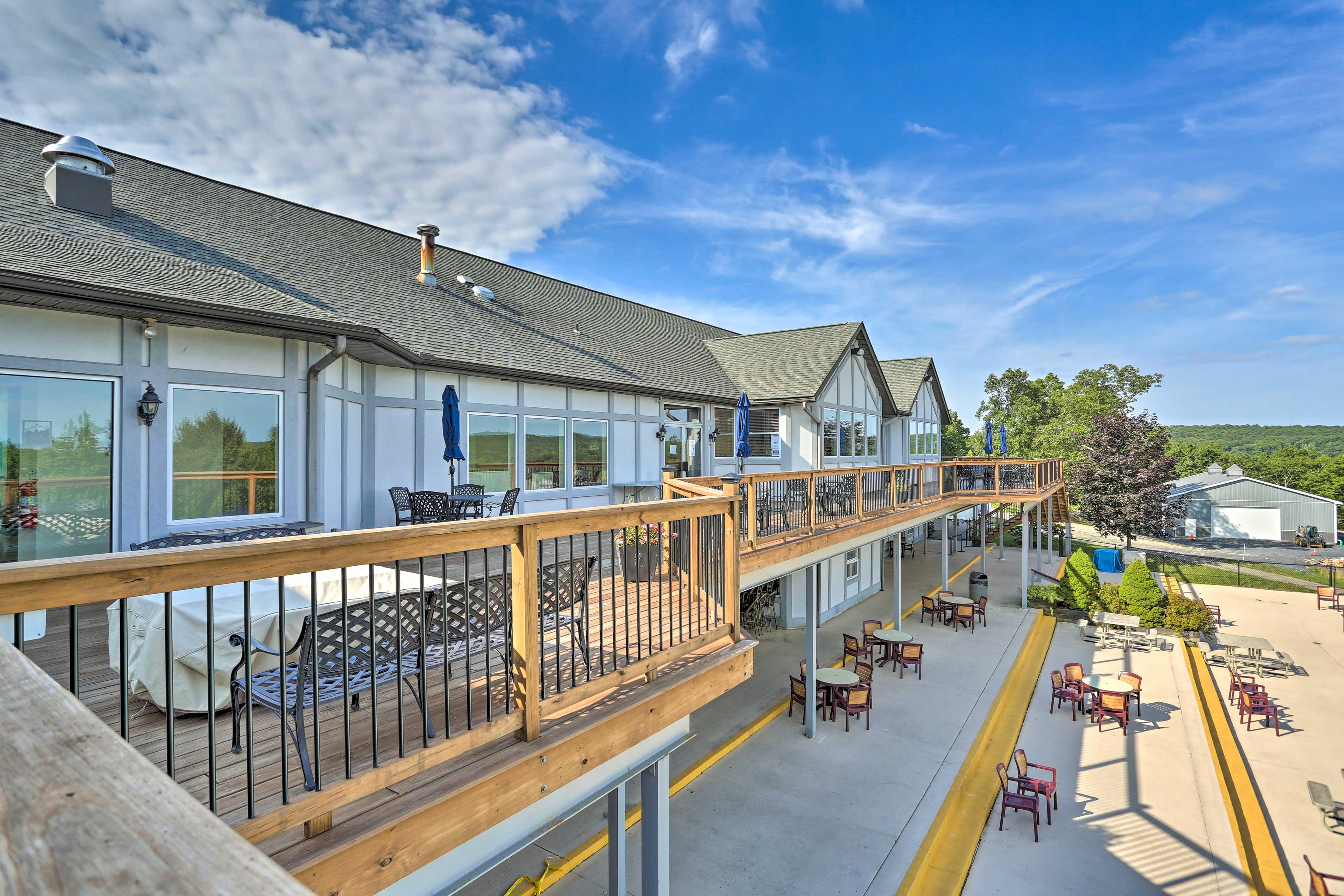 Exterior Space | Community Deck & Restaurant