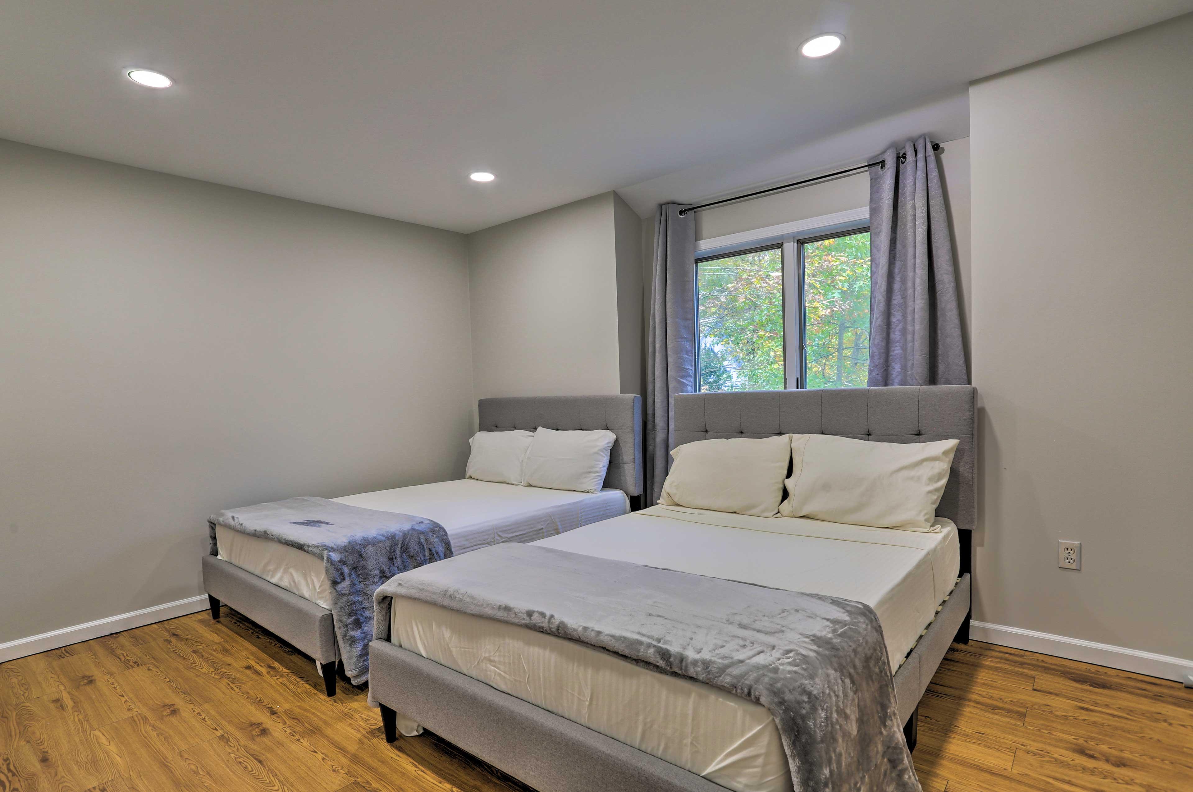 Bedroom 3 | 2 Full Beds