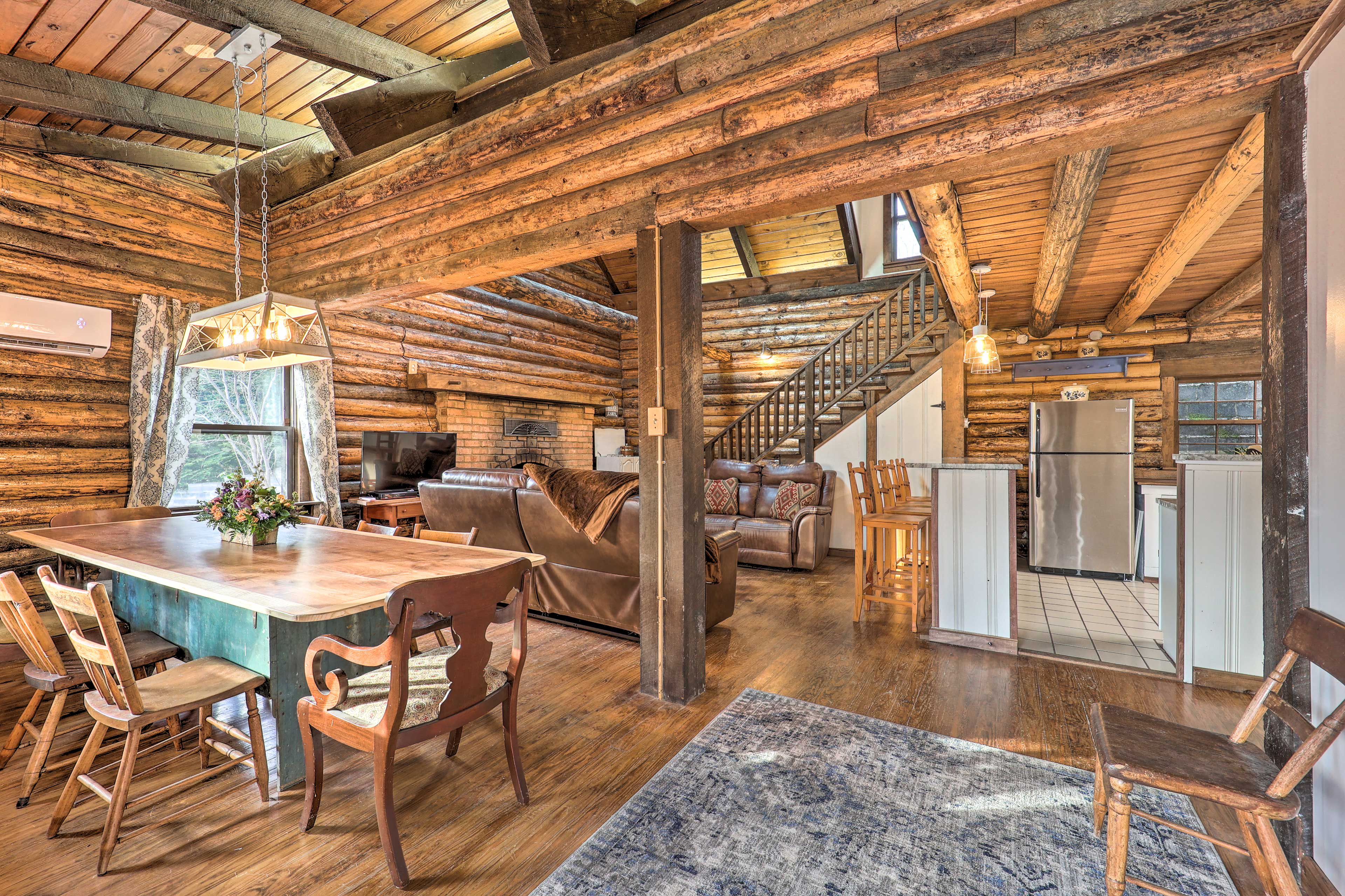 Living Room | Main Floor