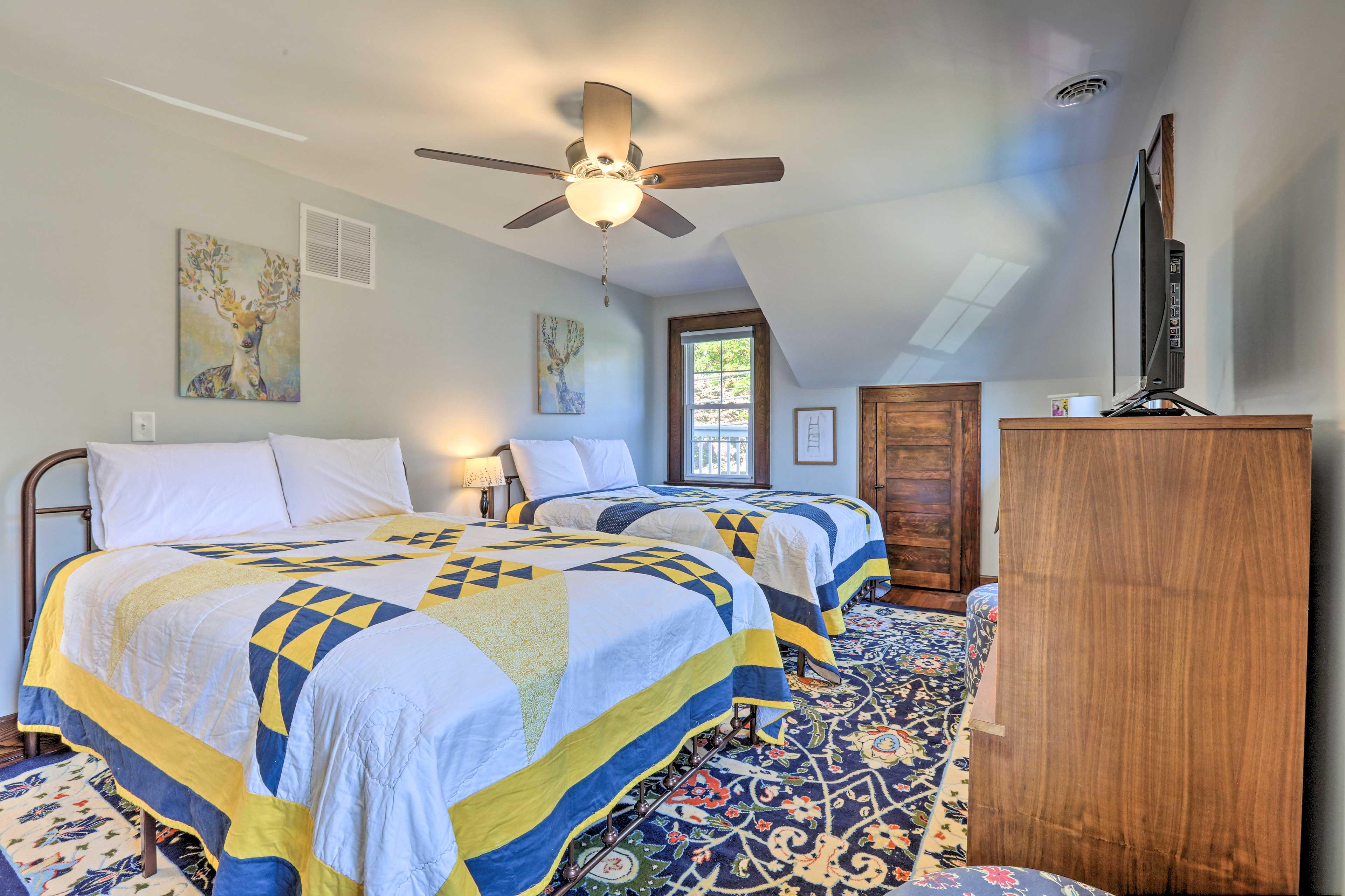 Bedroom 2 | 2 Queen Beds | 2nd Floor