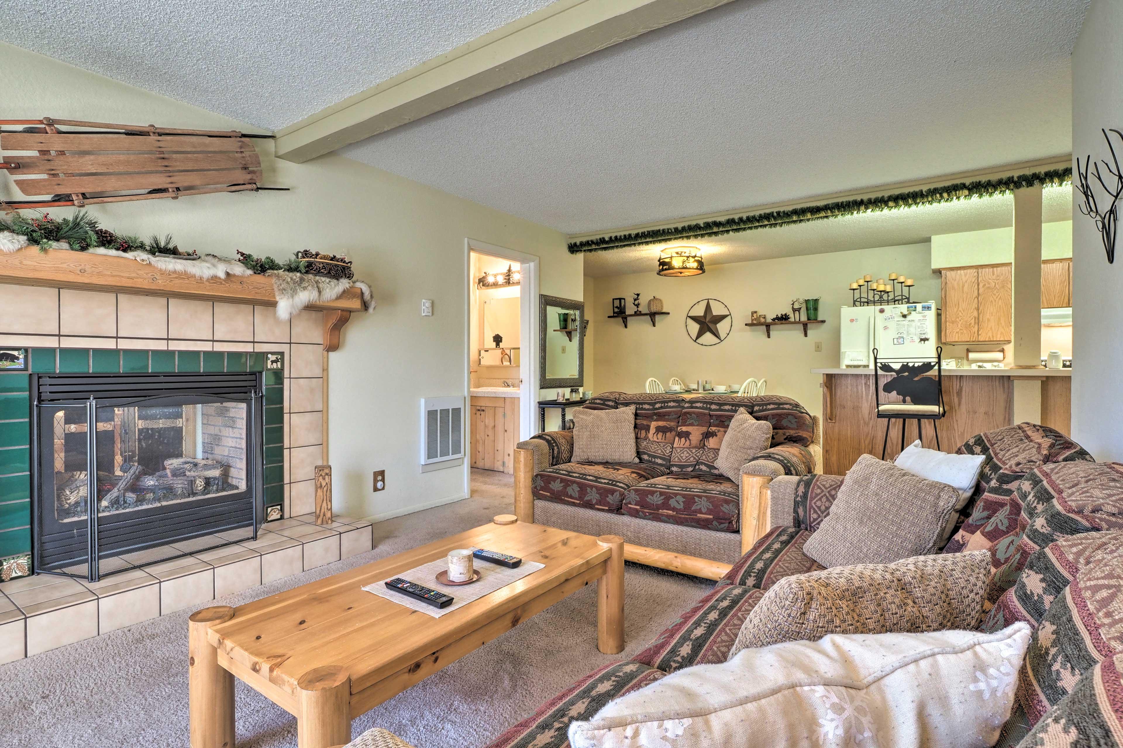 Main Living Space | Smart TV | Free WiFi