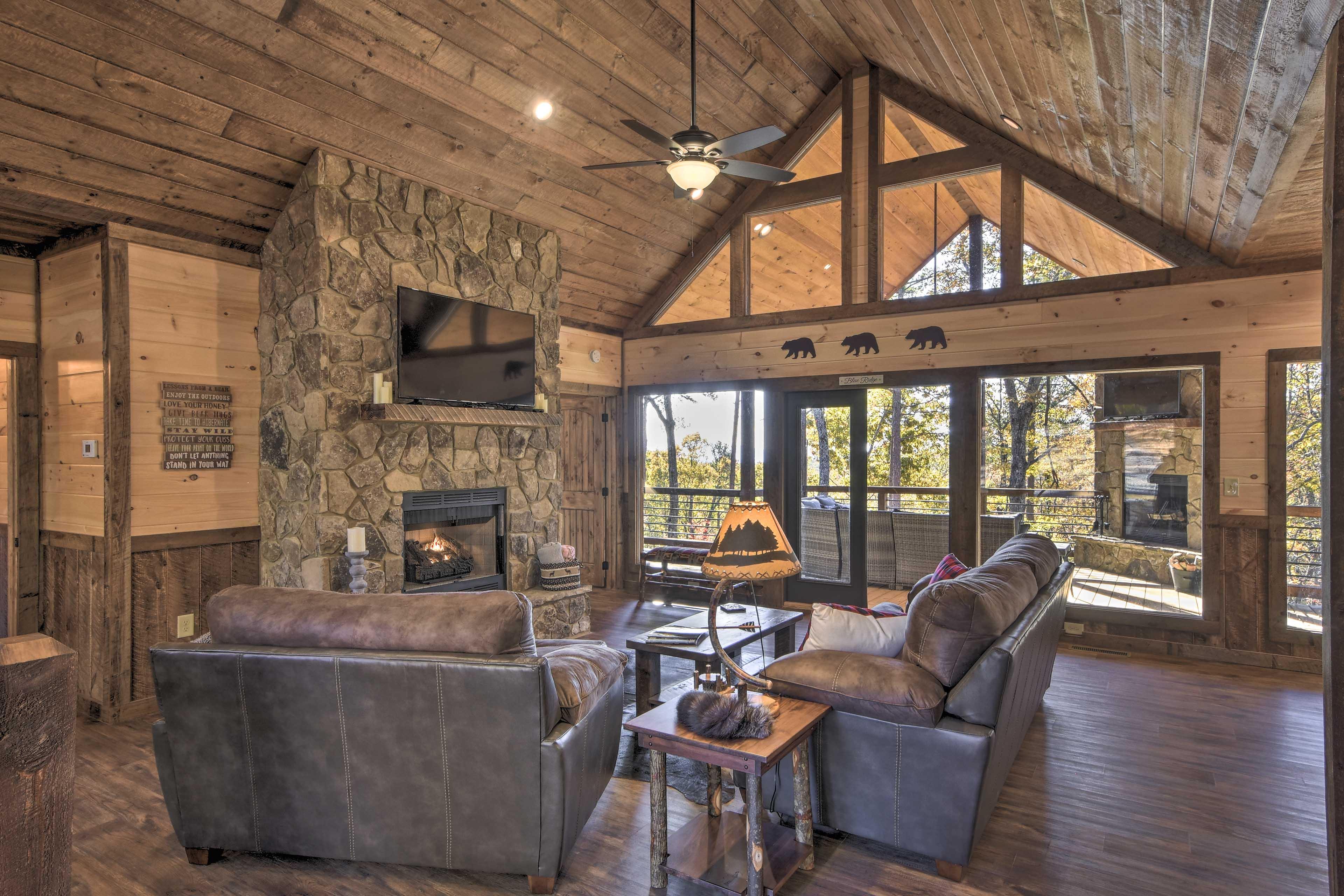 Morganton  Vacation Rental   3BR   3.5BA   Cabin   2,112 Sq Ft