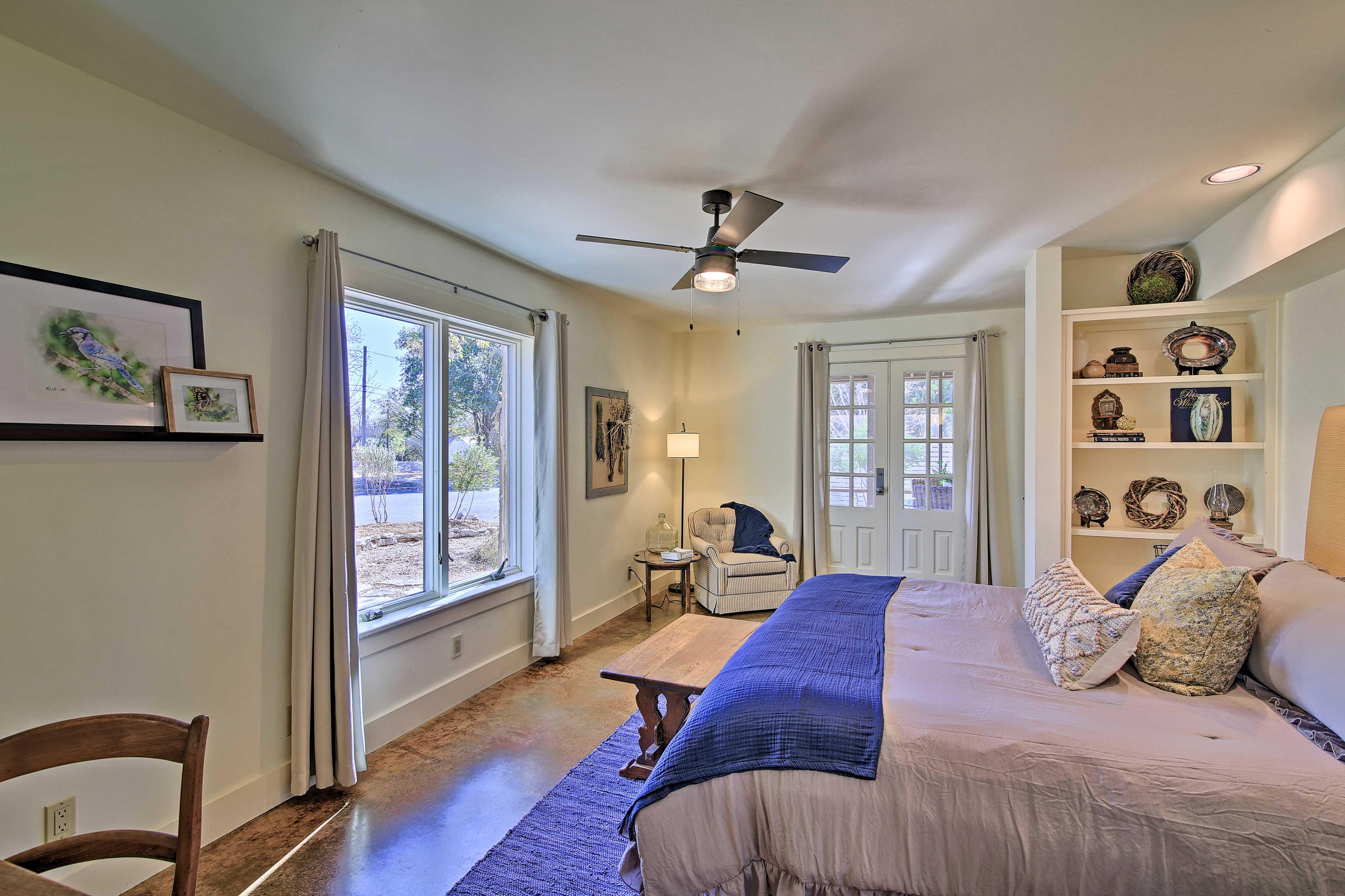 Bedroom 1 | Dressing Vanity | Access to Outdoor Patio