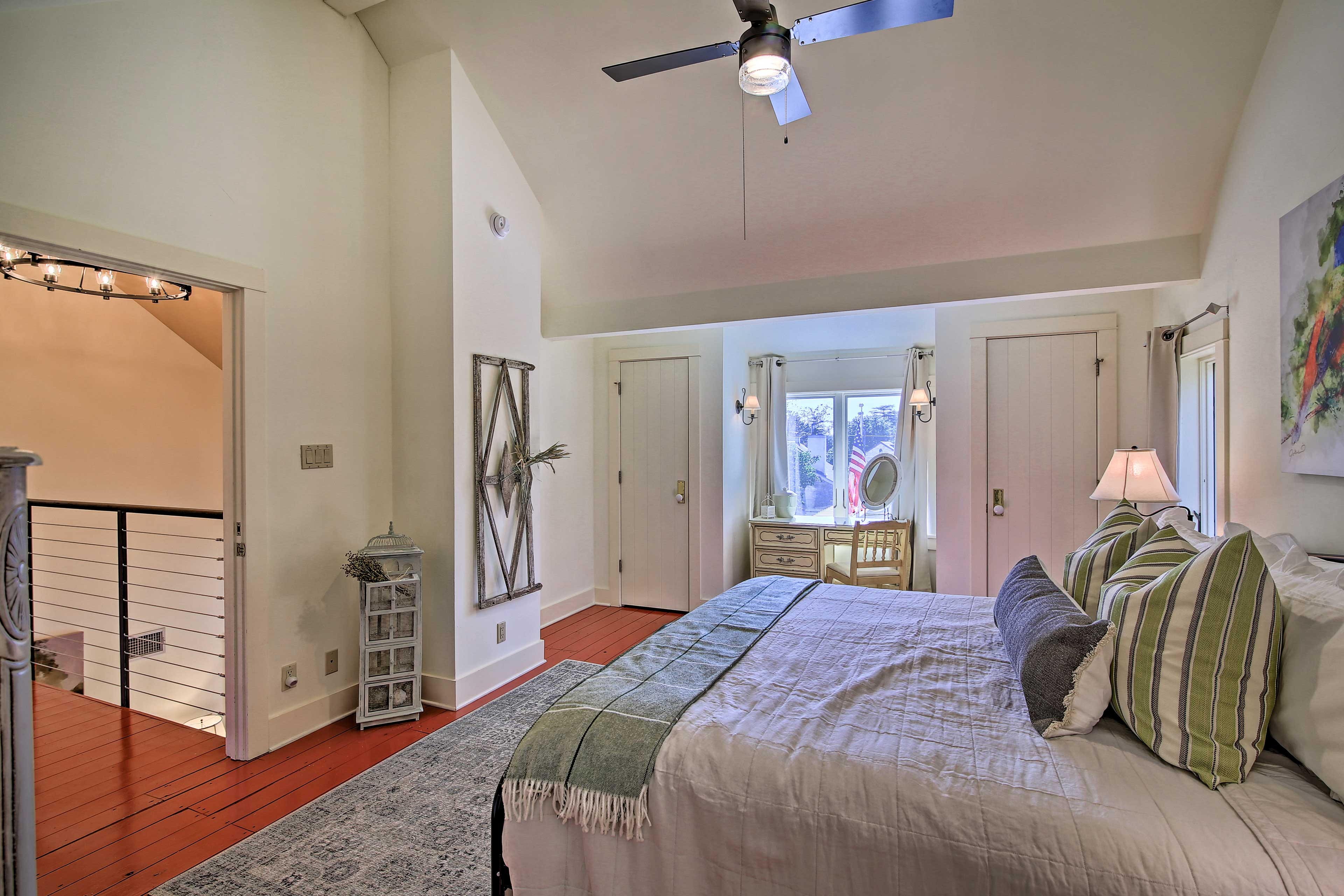 Bedroom 4 | Painted Bunting Penthouse | King Bed