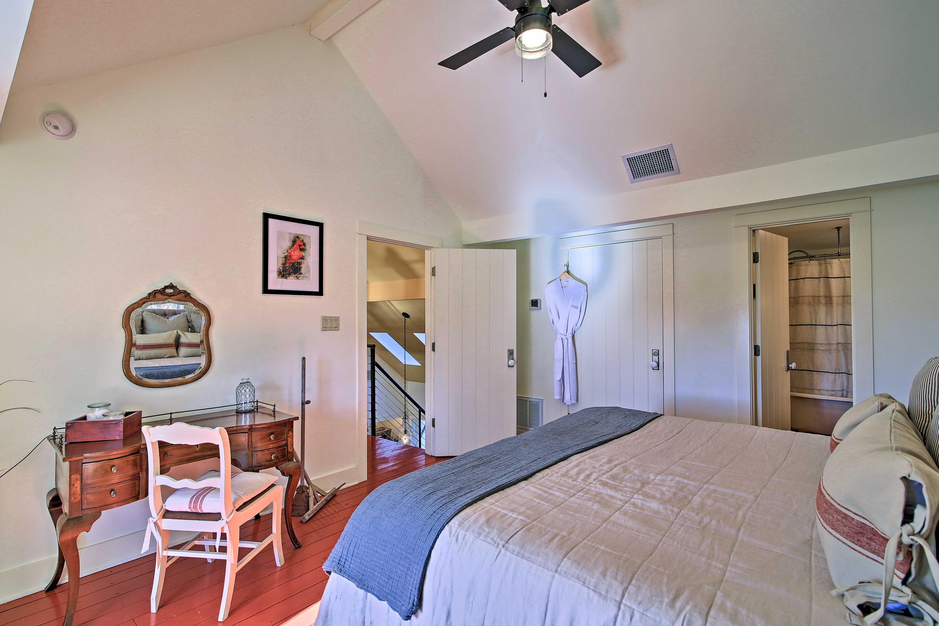 Bedroom 3 | Dressing Vanity